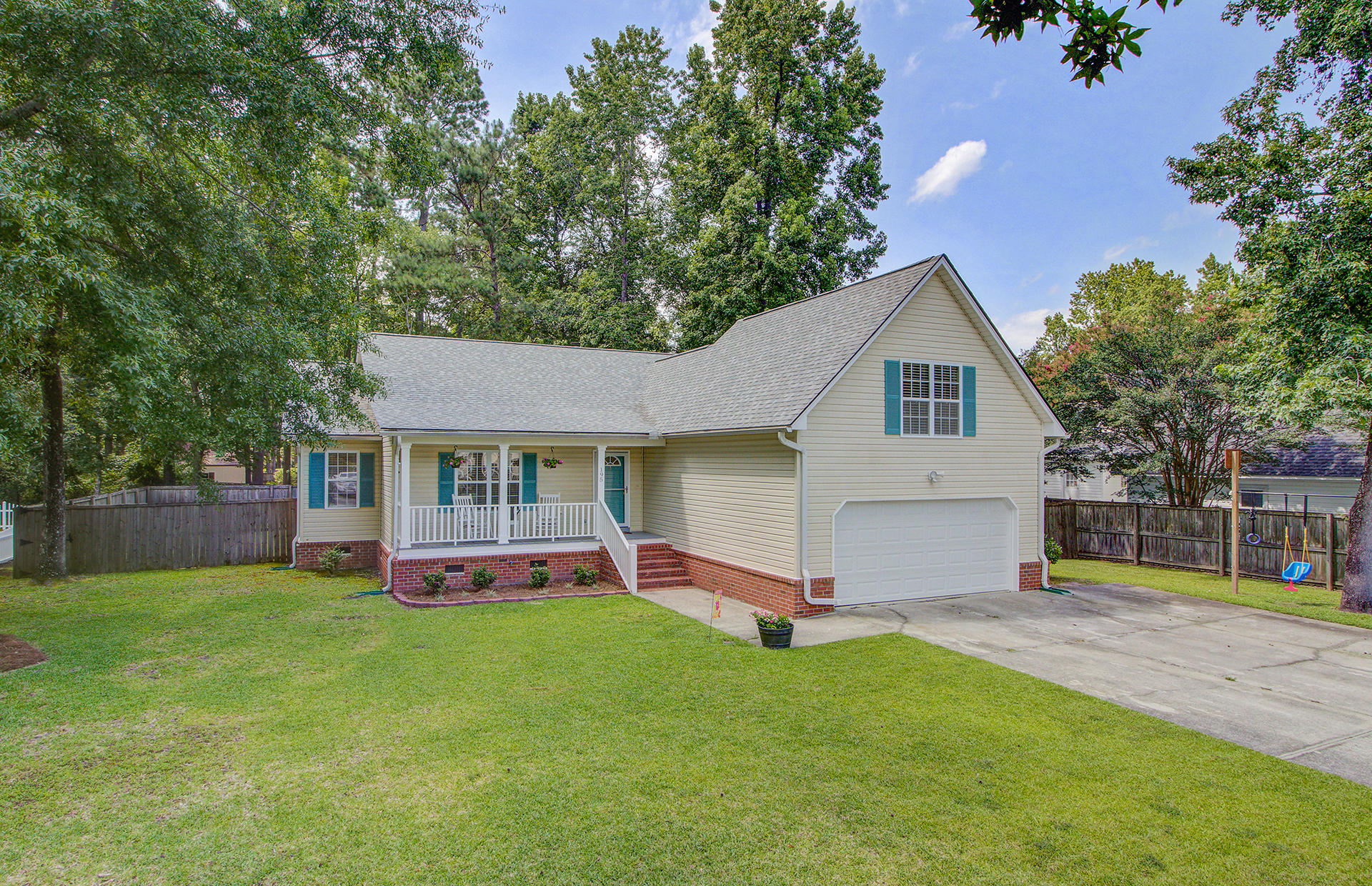 195 Edinburgh Street Summerville, Sc 29483