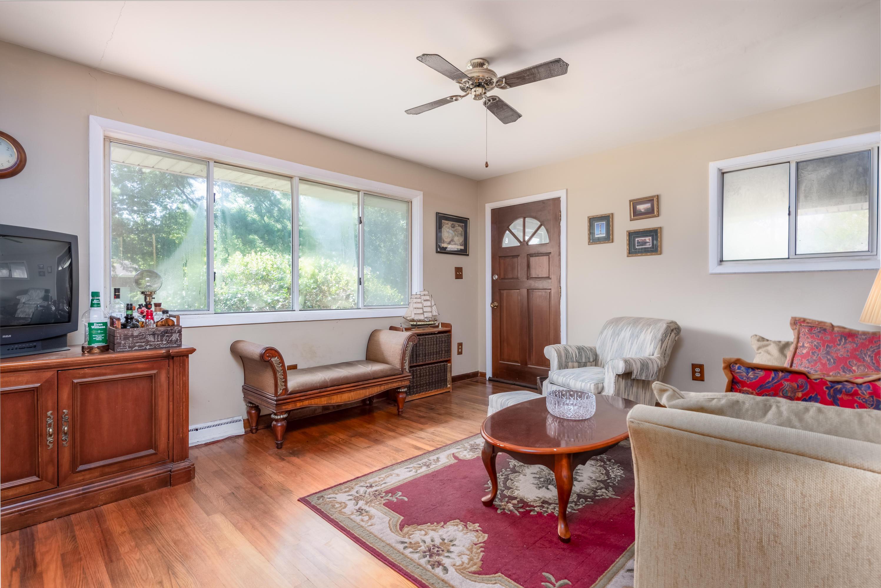 Old Mt Pleasant Homes For Sale - 916 Kincade, Mount Pleasant, SC - 7