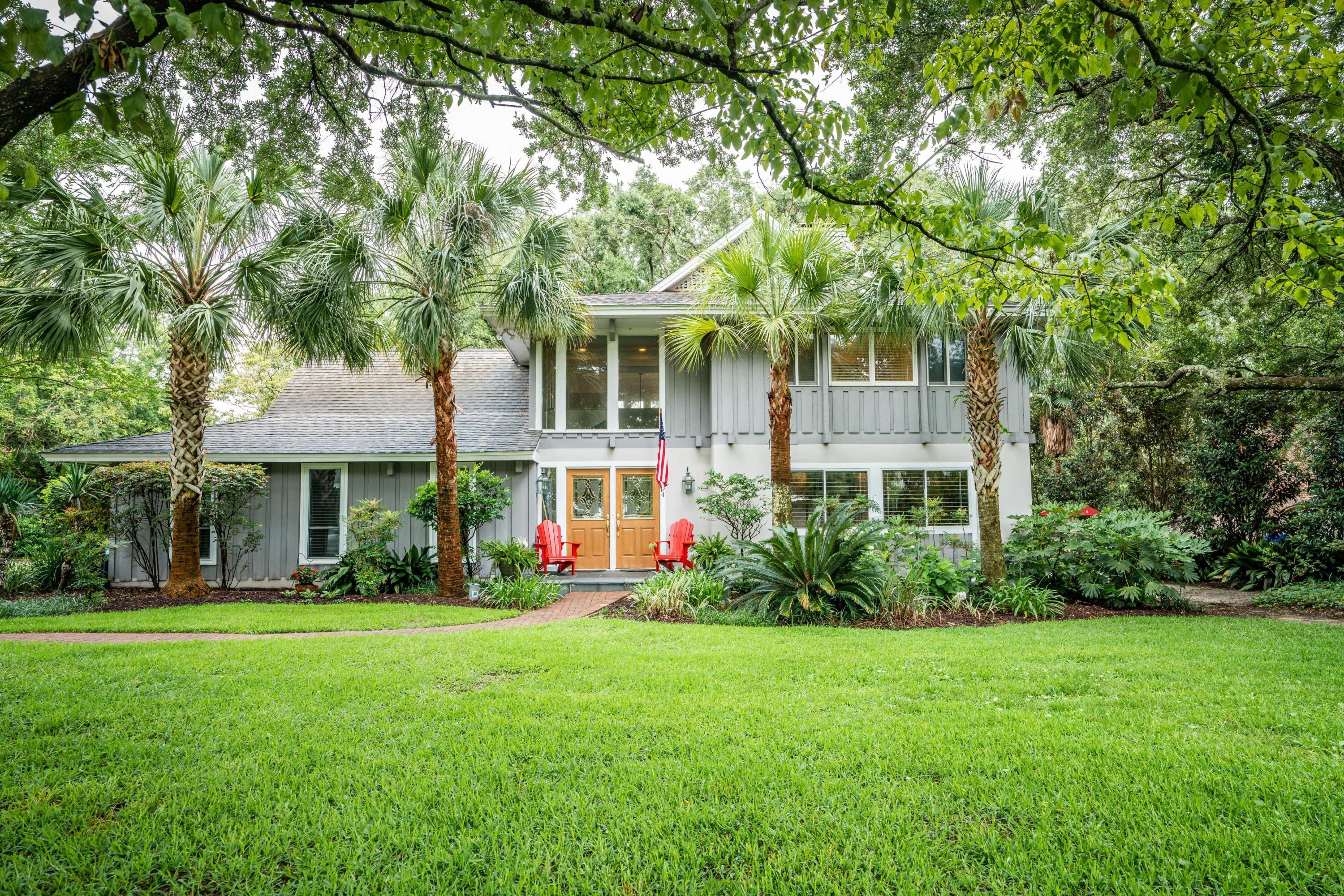 894 White Point Boulevard Charleston, SC 29412