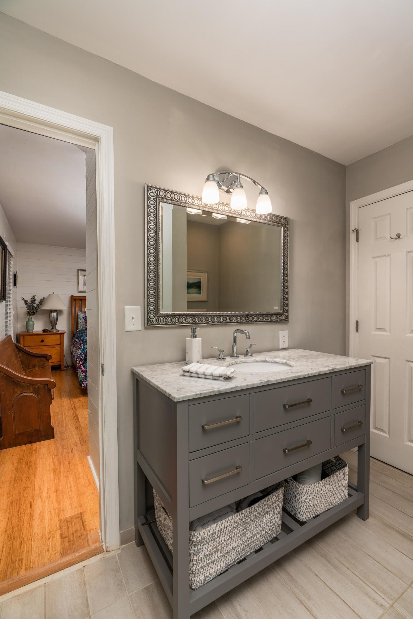 White Point Estates Homes For Sale - 894 White Point, Charleston, SC - 25