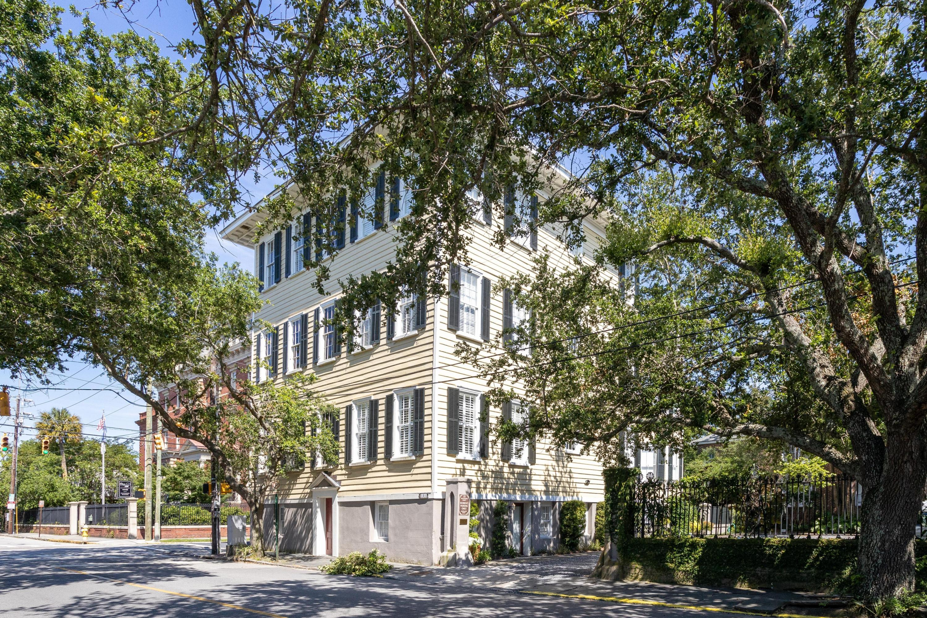 151 Wentworth Street Charleston, SC 29401