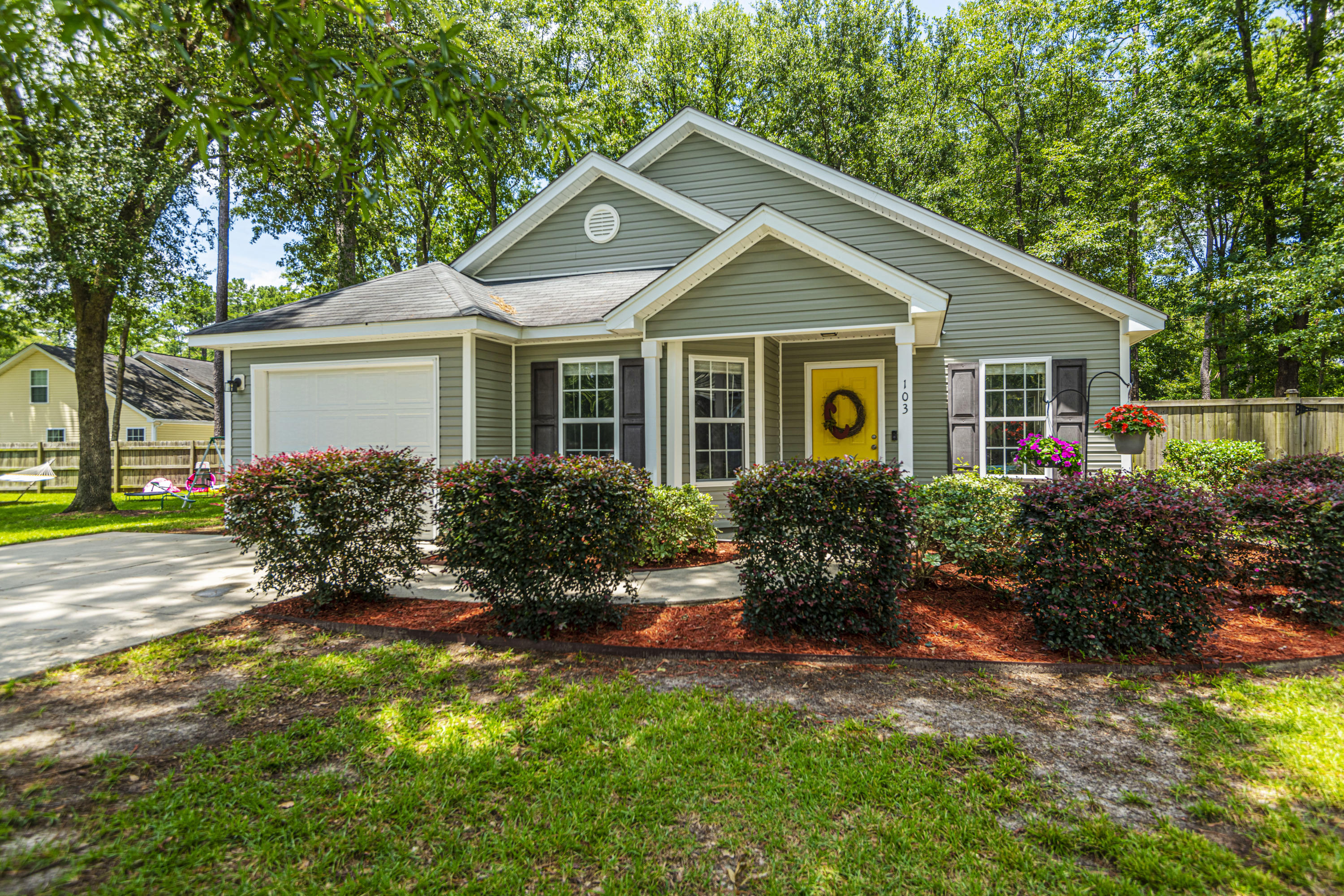 103 Richmond Court Hanahan, SC 29410