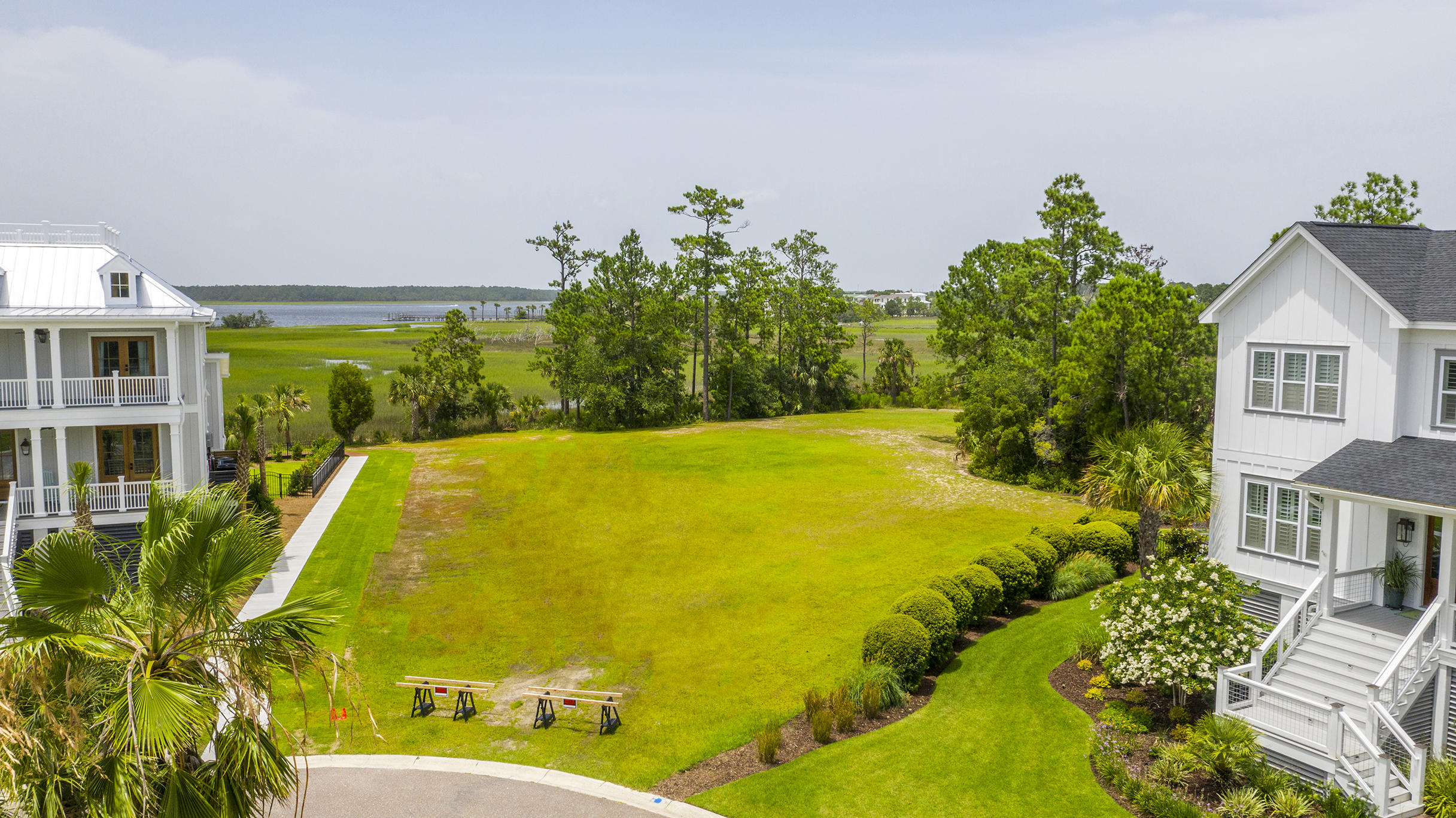 1909 Lone Oak Point Mount Pleasant, SC 29466