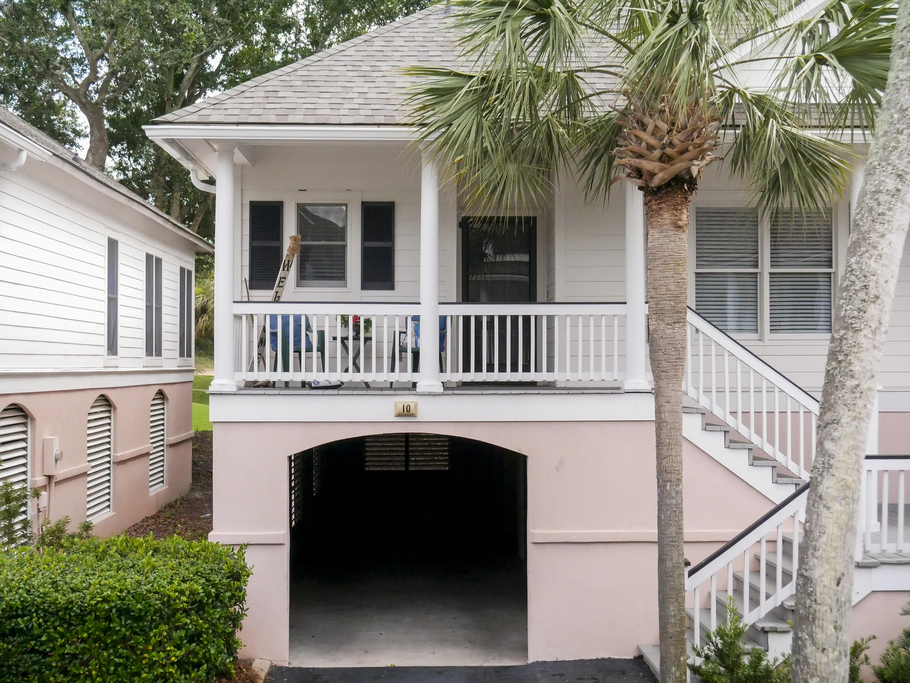 10 Links Clubhouse Court Isle Of Palms, SC 29451