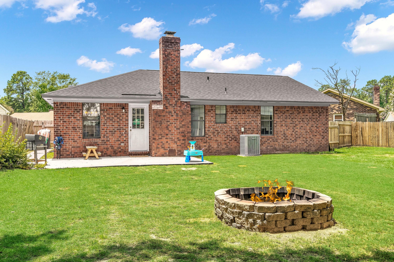 107 Wicker Court Summerville, SC 29486