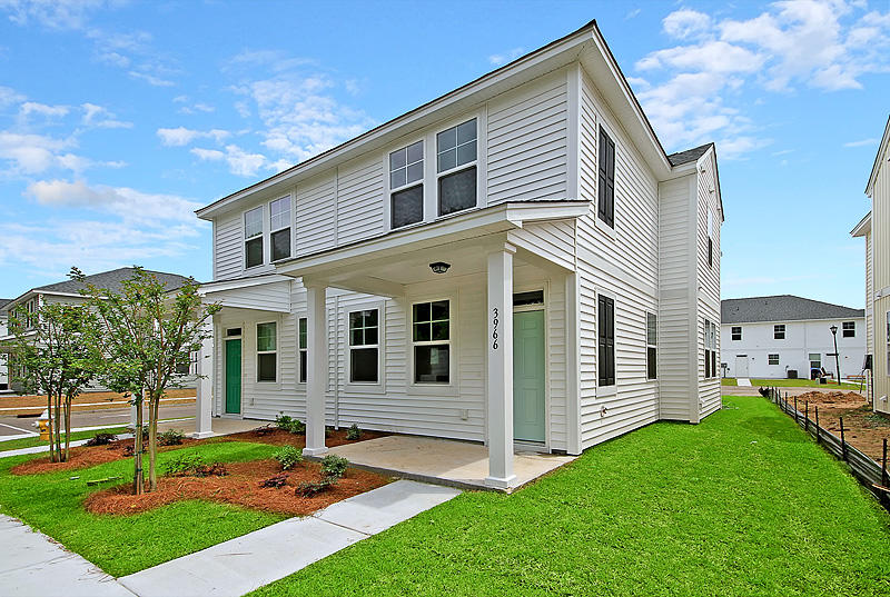 3992 Hillyard Street North Charleston, SC 29405