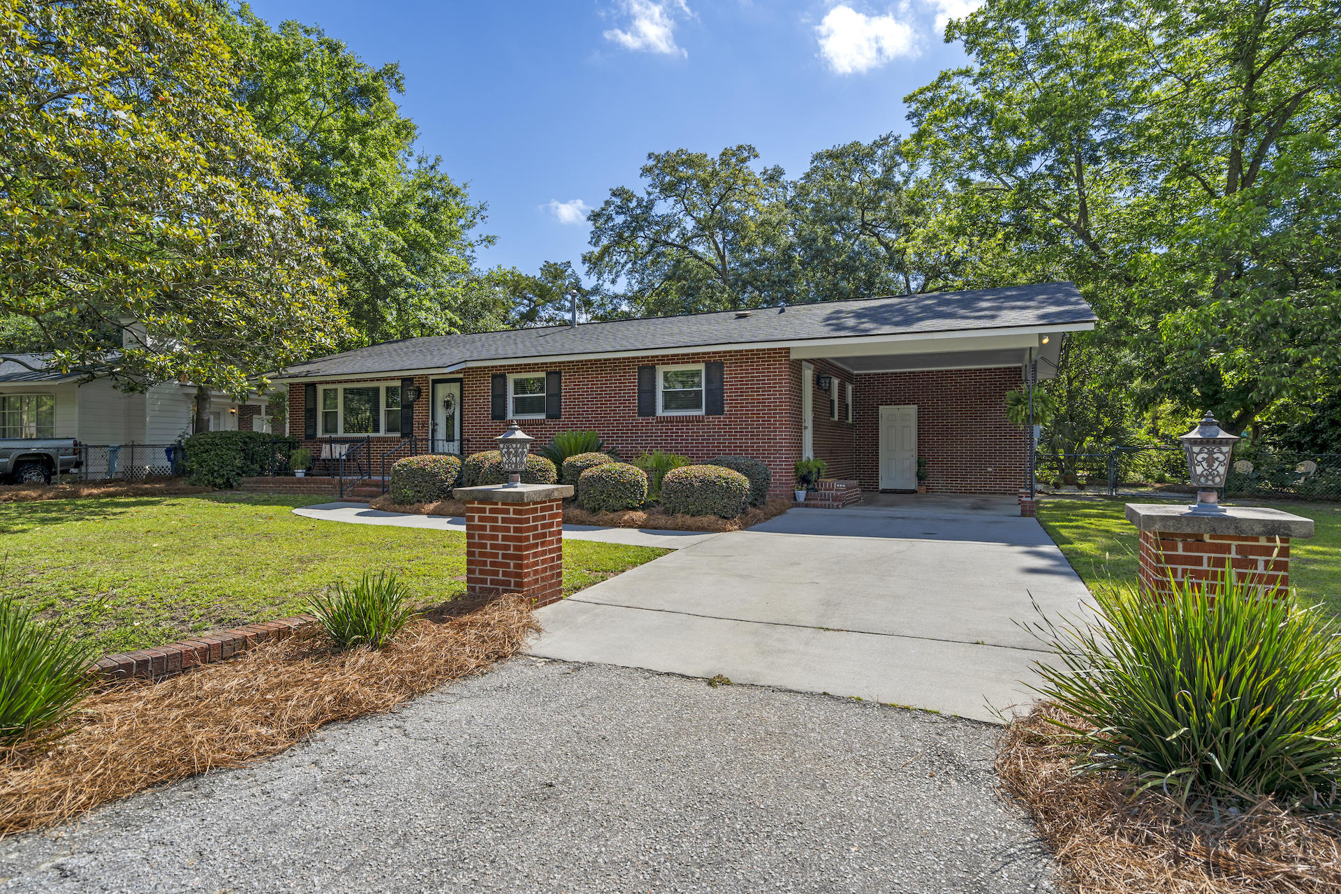 18 Murray Hill Drive Charleston, SC 29407