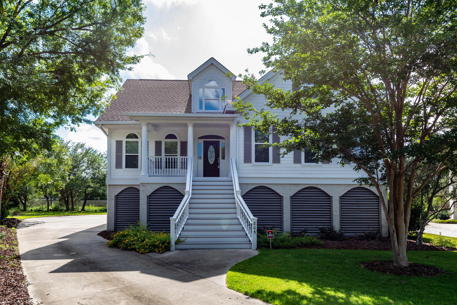 805 Fiddlers Point Lane Mount Pleasant, SC 29464