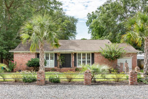 521 Center Street, Mount Pleasant, SC 29464