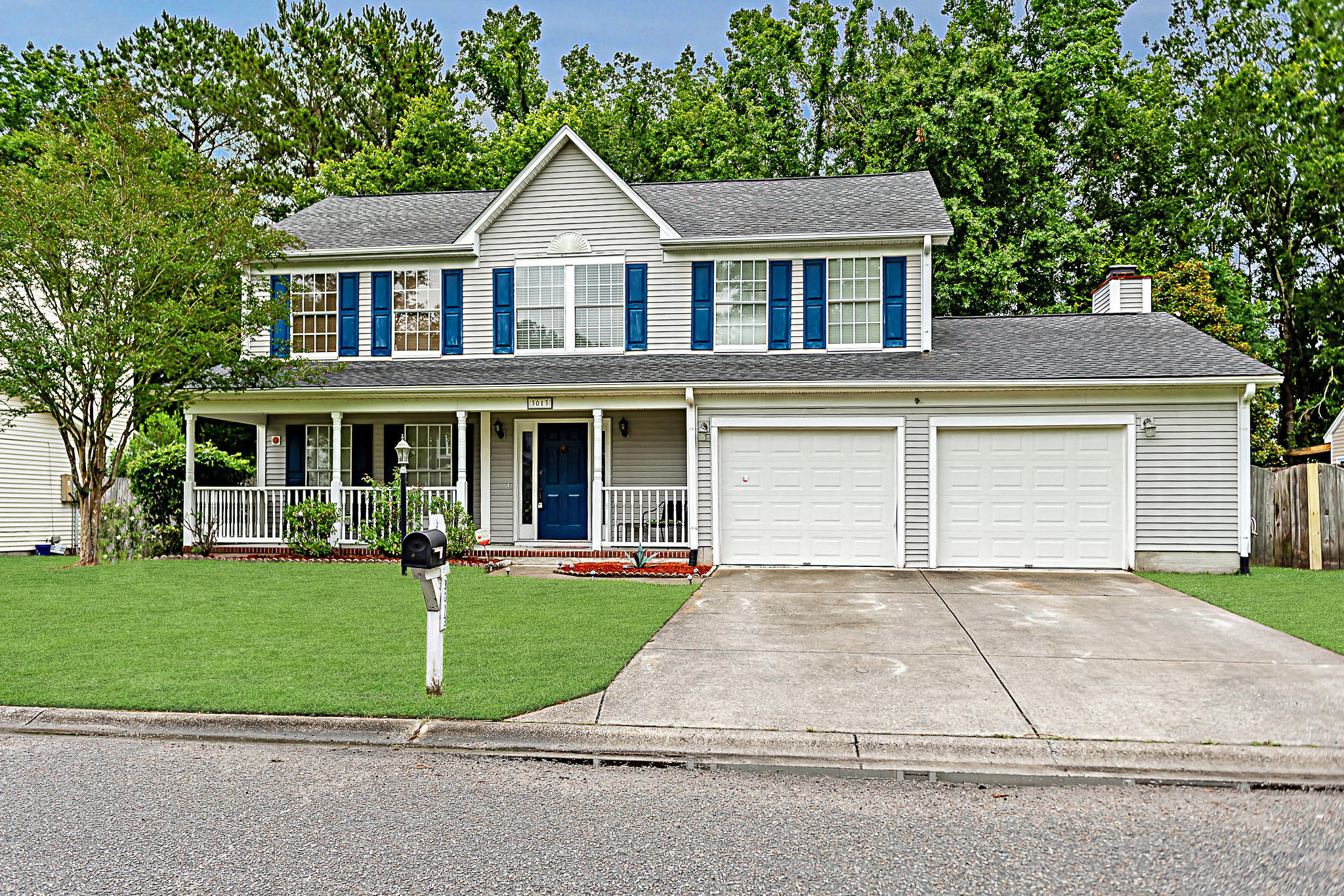 3013 Harris Mill Drive North Charleston, SC 29420