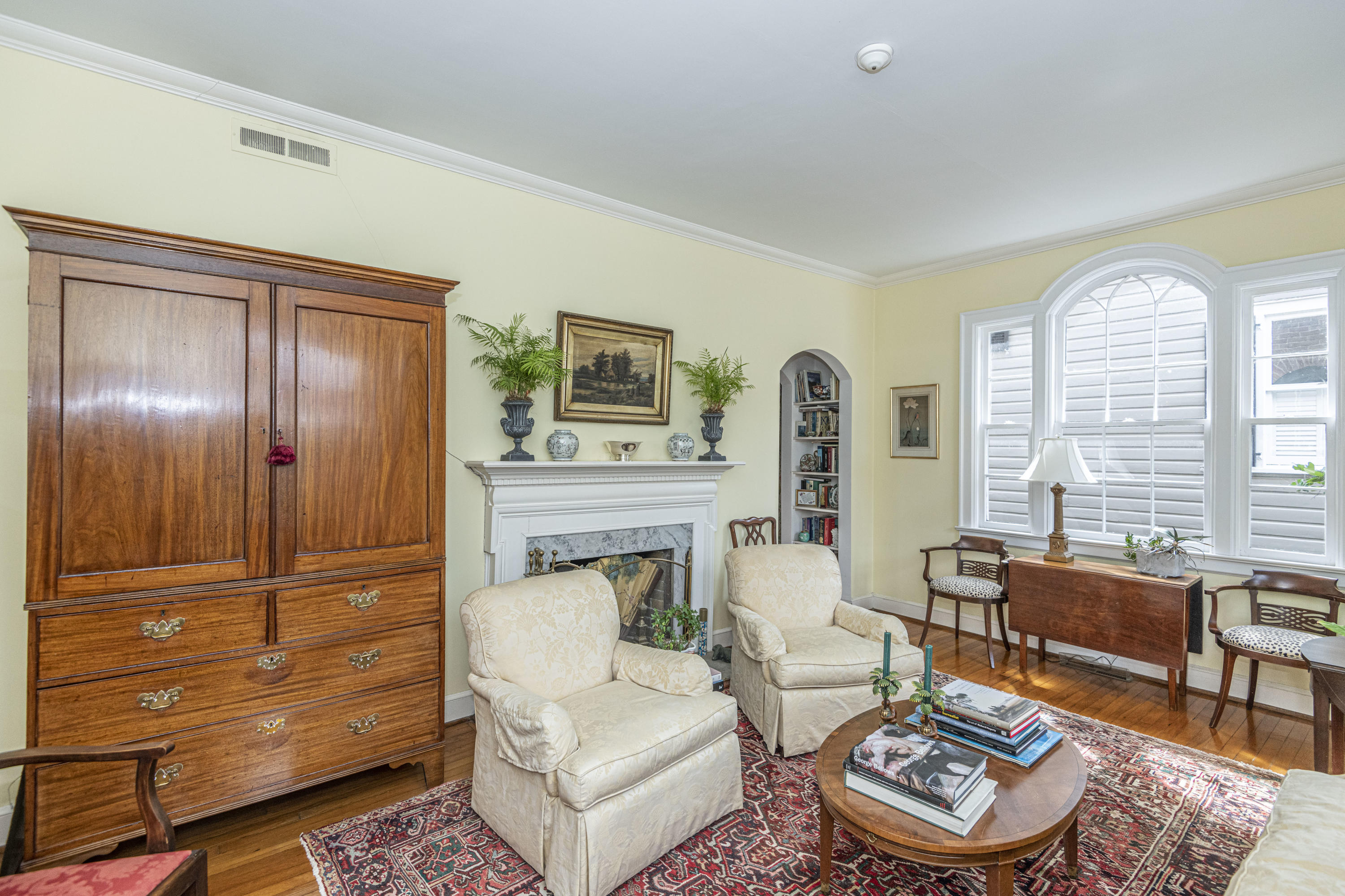 South of Broad Homes For Sale - 31 Gibbes, Charleston, SC - 24