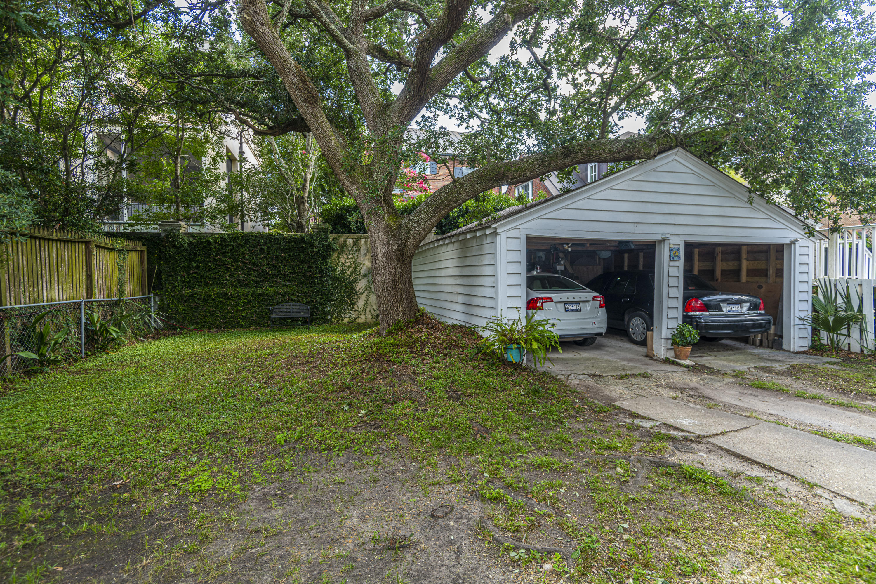 South of Broad Homes For Sale - 31 Gibbes, Charleston, SC - 10