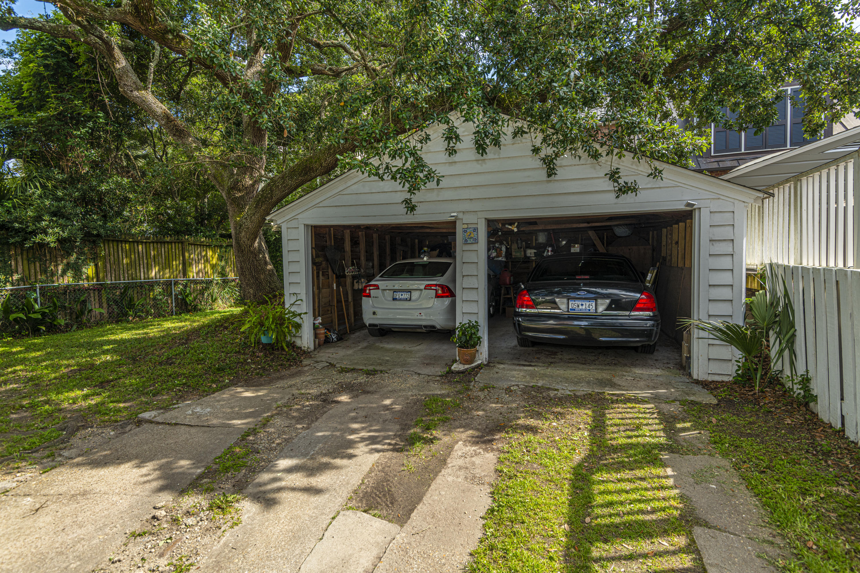 South of Broad Homes For Sale - 31 Gibbes, Charleston, SC - 6