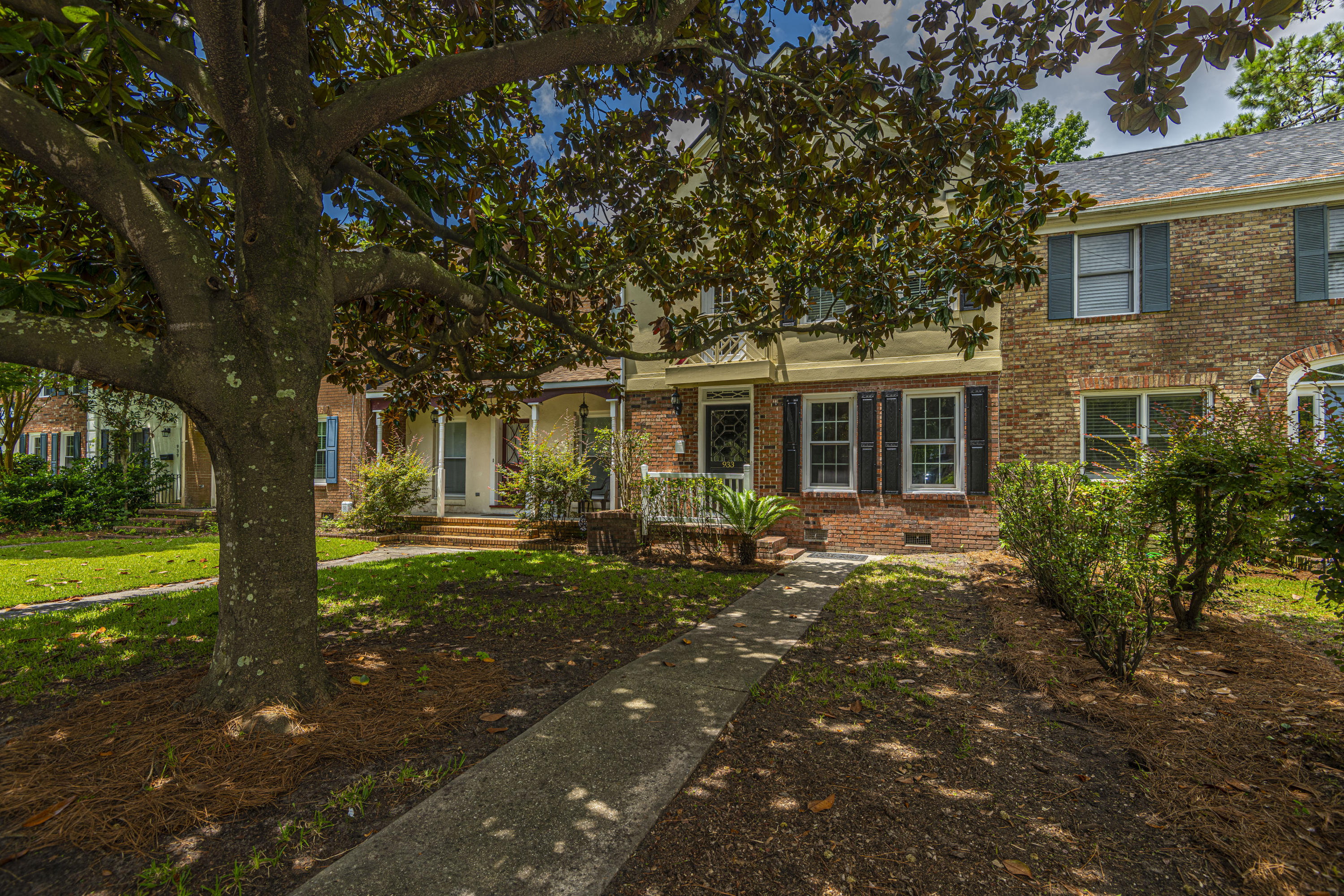 933 Cottingham Drive Mount Pleasant, SC 29464