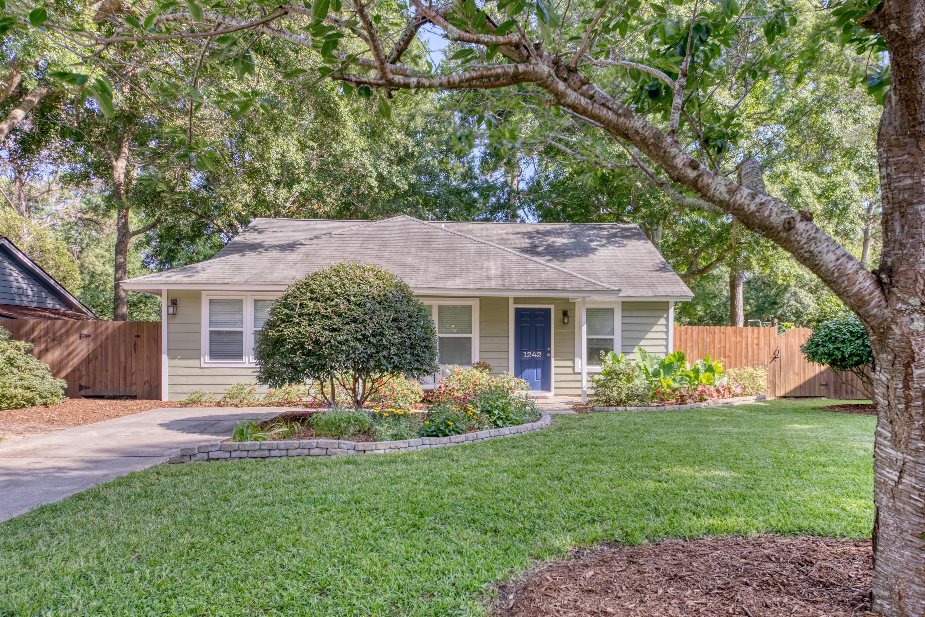 Mallard Lakes Homes For Sale - 1242 Lake Mallard, Mount Pleasant, SC - 11