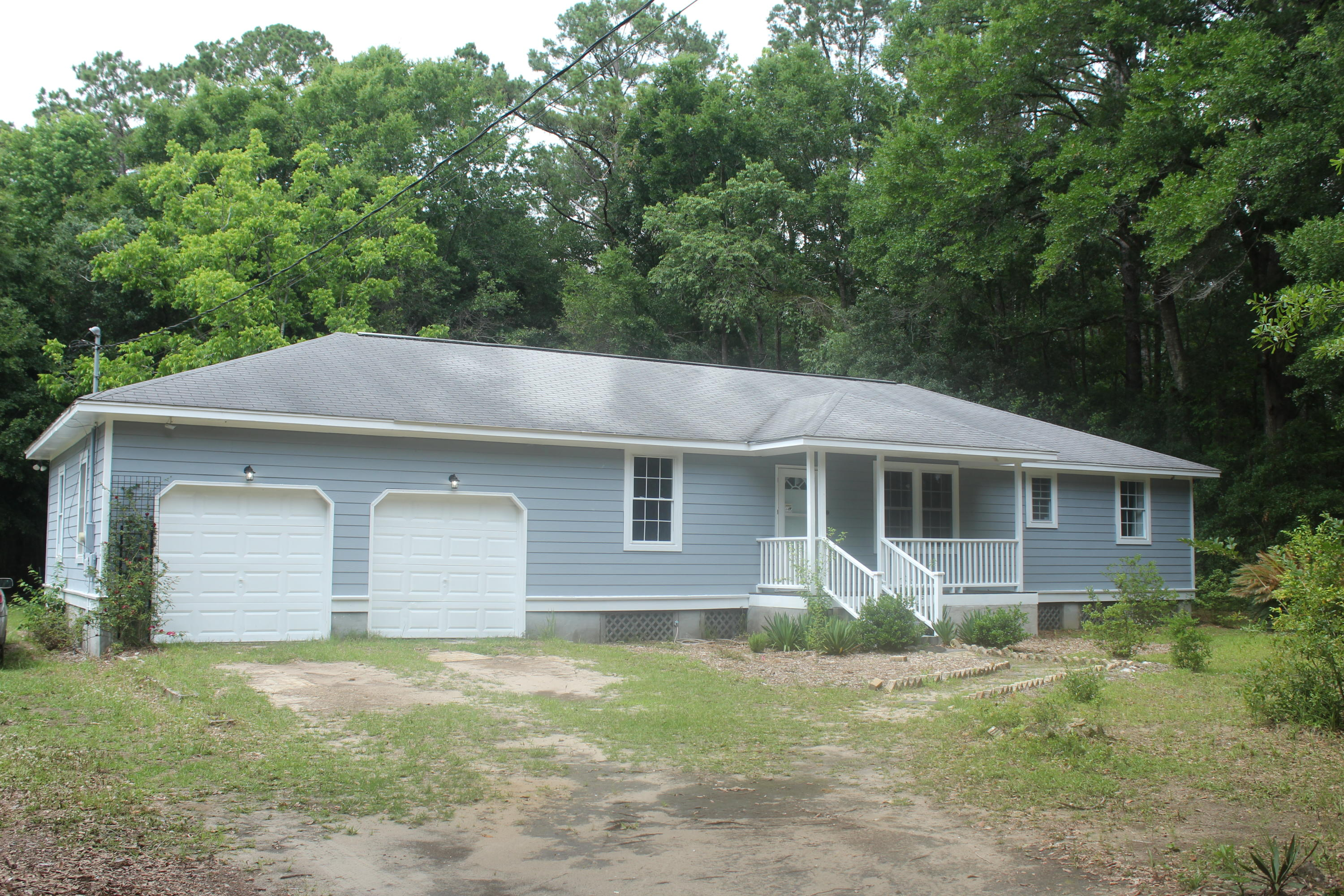 5642 Ellington School Road Ravenel, SC 29470