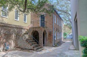 8 1/2 State Street, Charleston, SC 29401