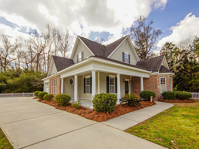121 Sago Palm Court Summerville, SC 29483