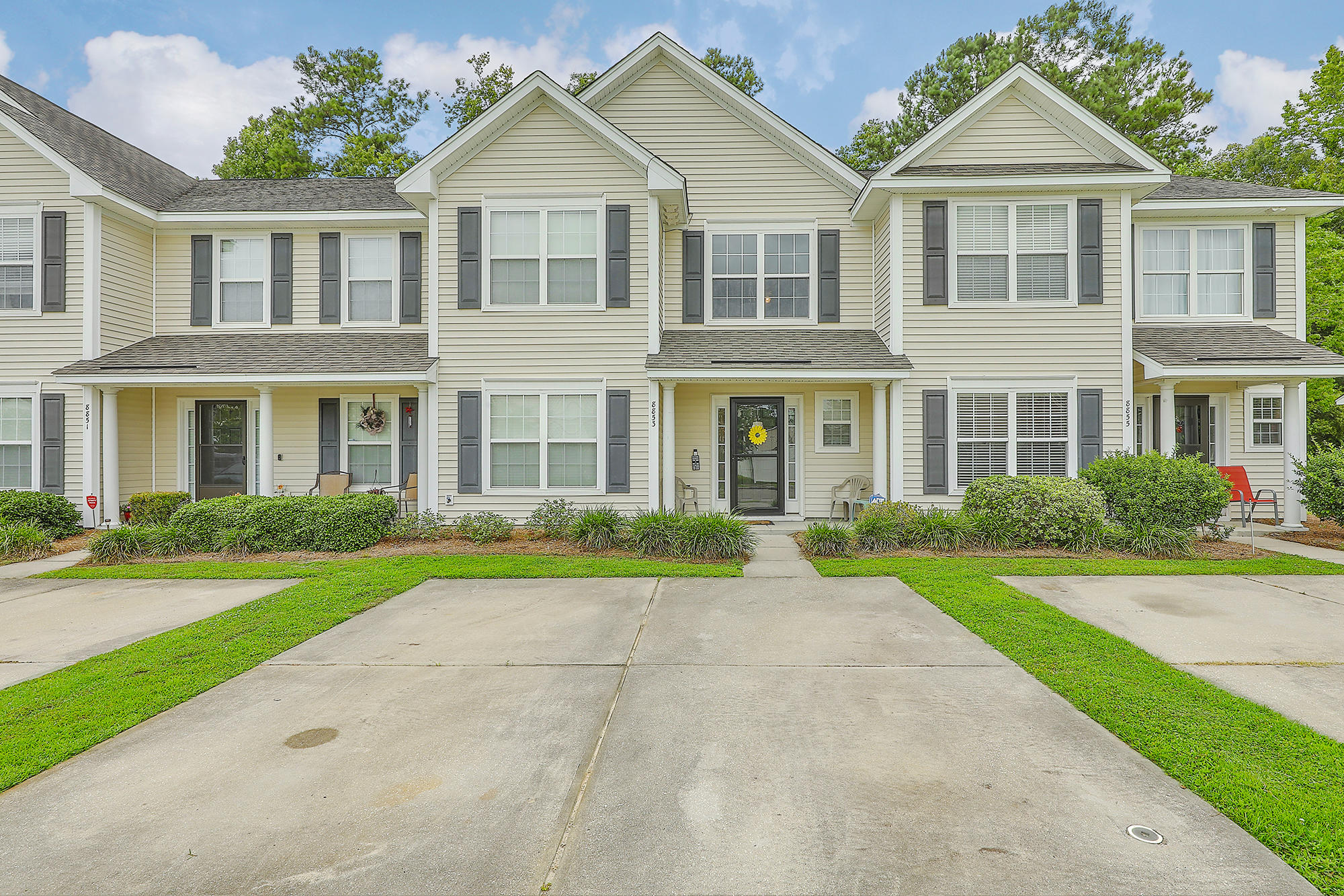 8853 Jenny Lind Street North Charleston, SC 29406