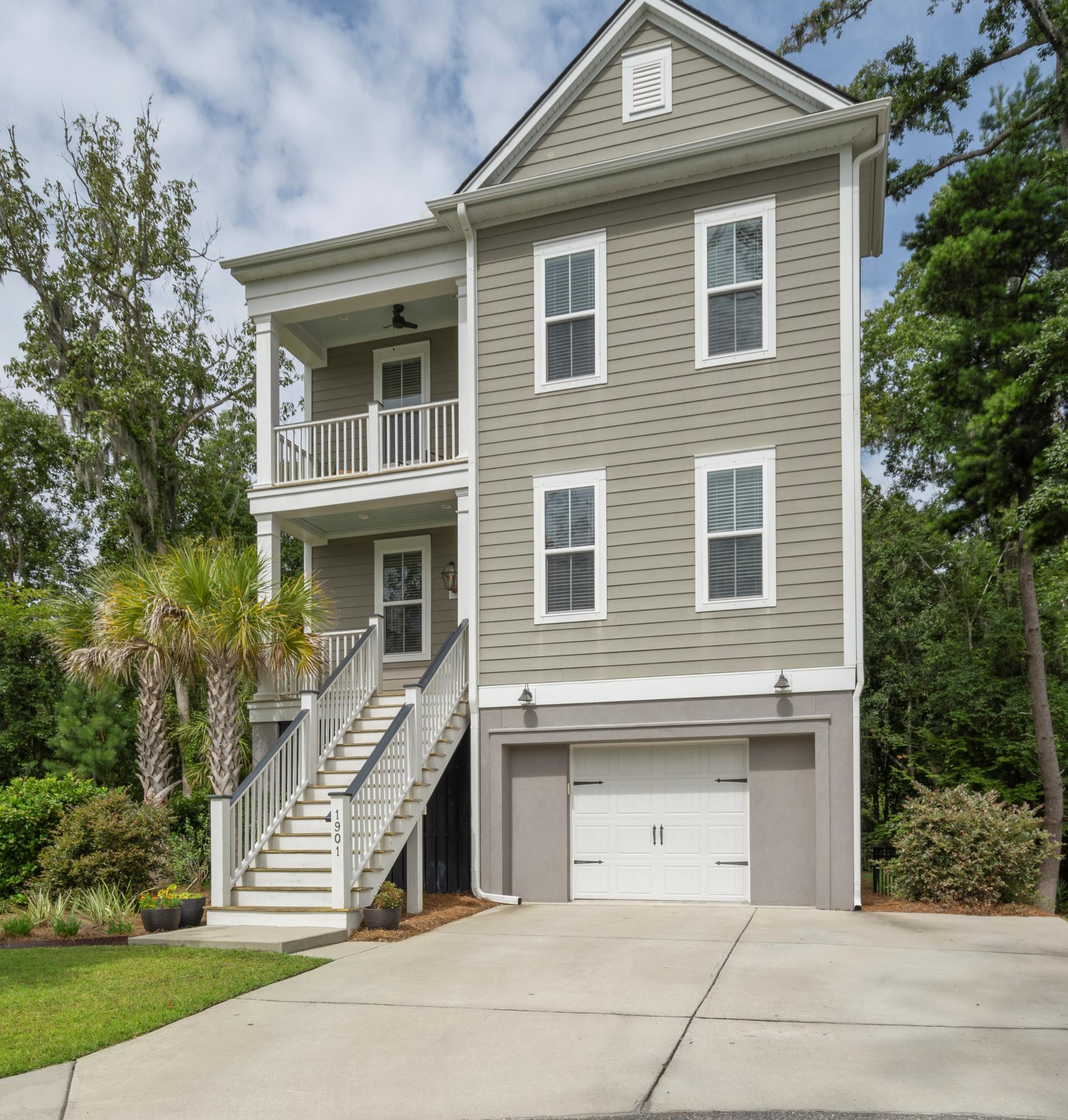 1901 Clay Lane Charleston, SC 29414