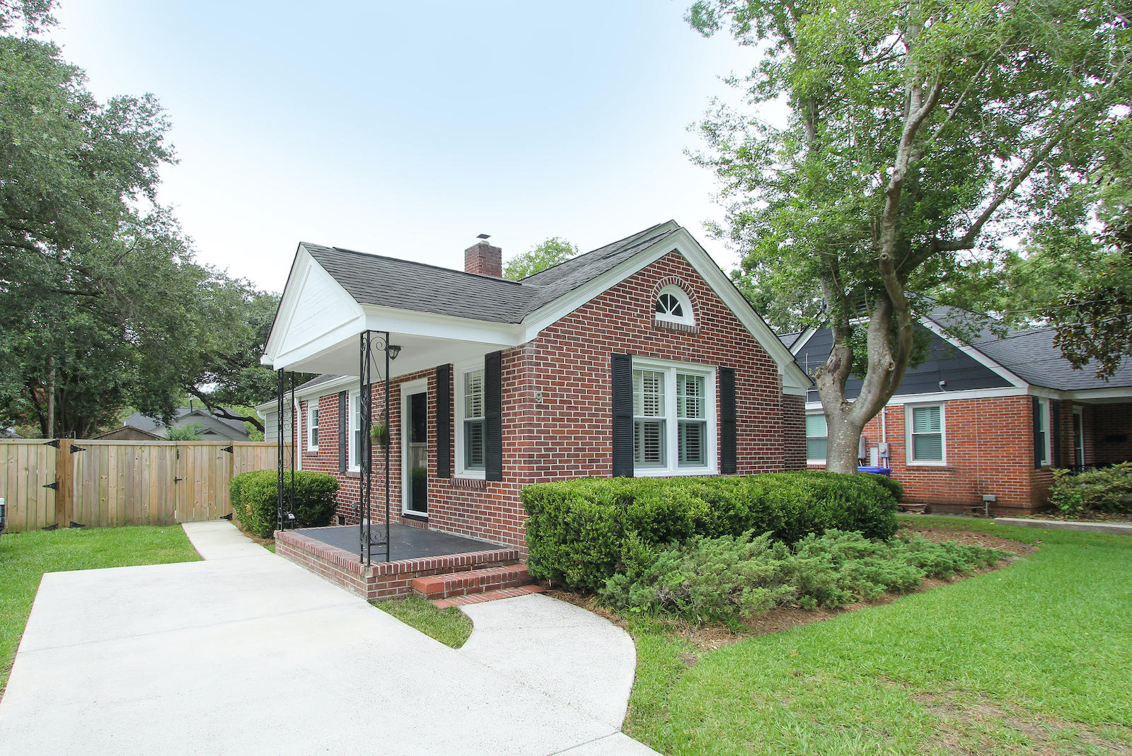 9 Yeadon Avenue Charleston, SC 29407