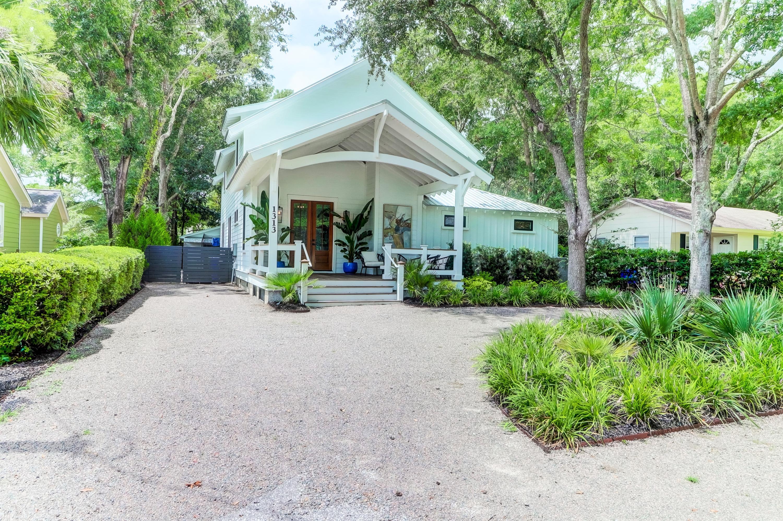 1313 Erckmann Drive Mount Pleasant, SC 29464