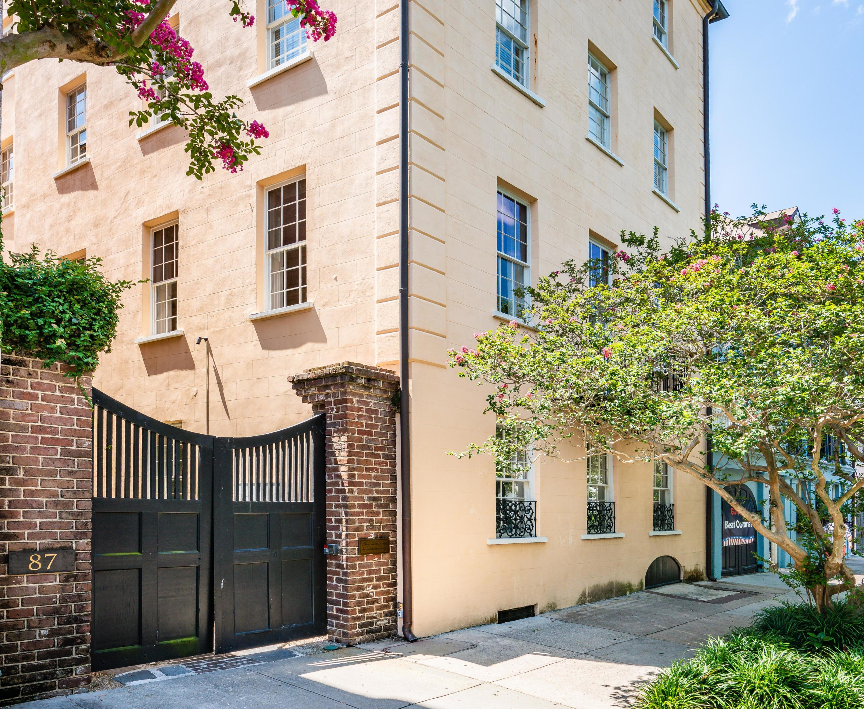 87 East Bay Street Charleston, SC 29401