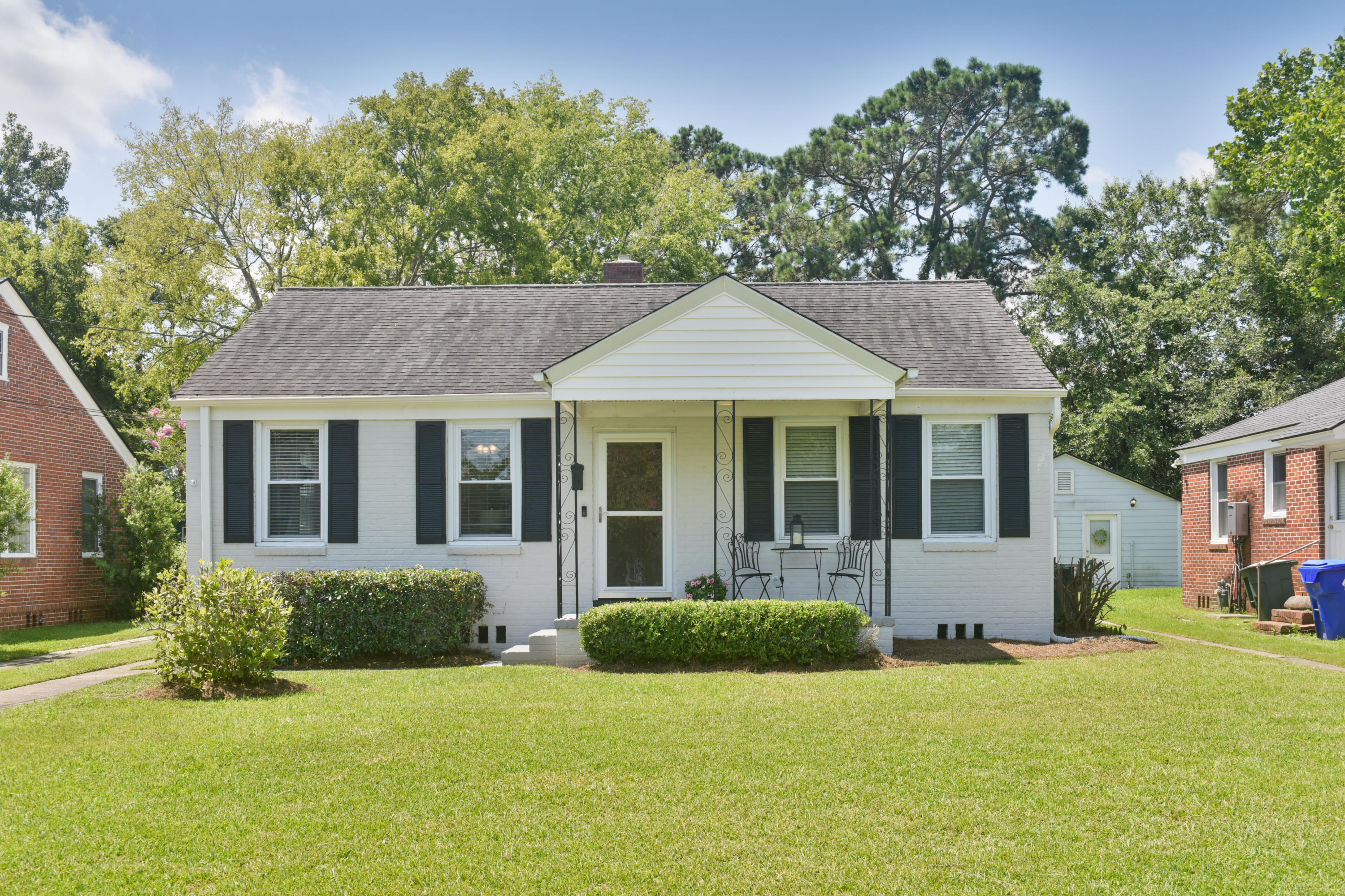 25 Craven Avenue Charleston, SC 29407