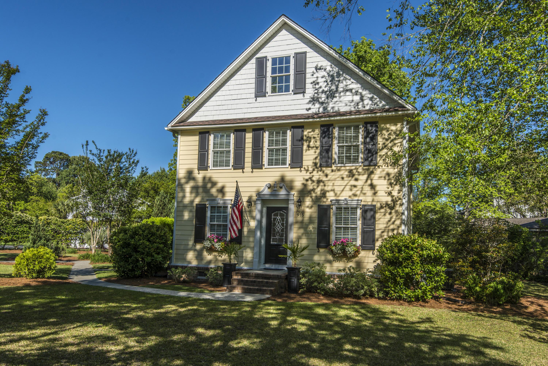 Snee Farm Homes For Sale - 915 Law, Mount Pleasant, SC - 34