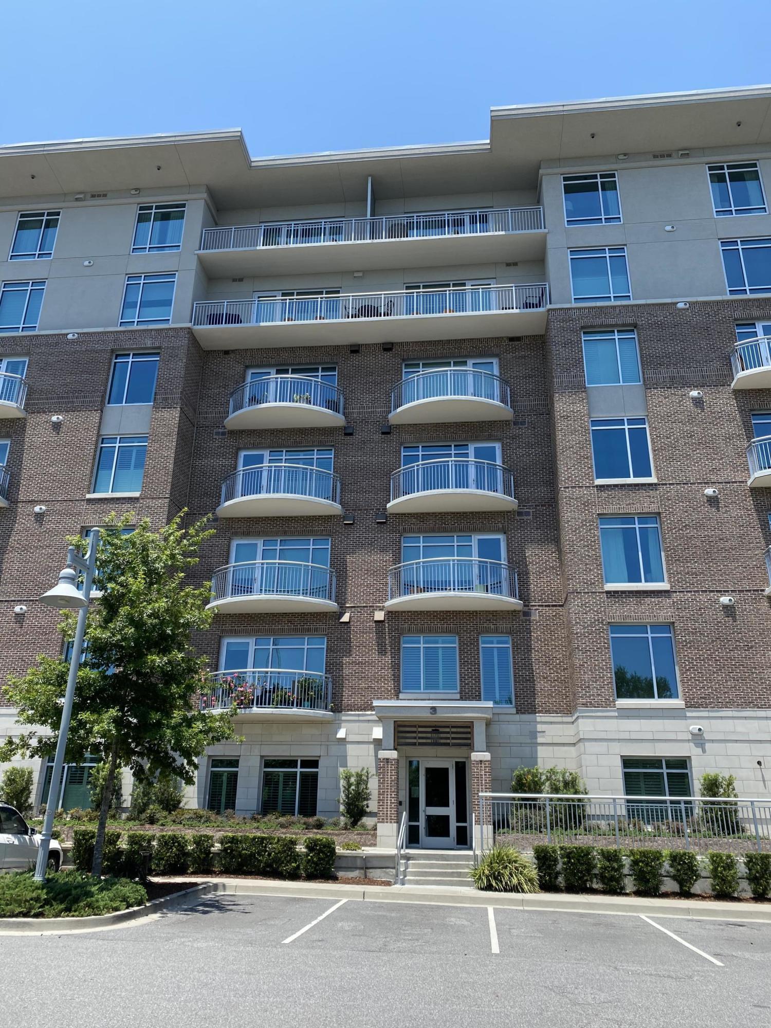 Tides Condominiums Homes For Sale - 155 Wingo, Mount Pleasant, SC - 3