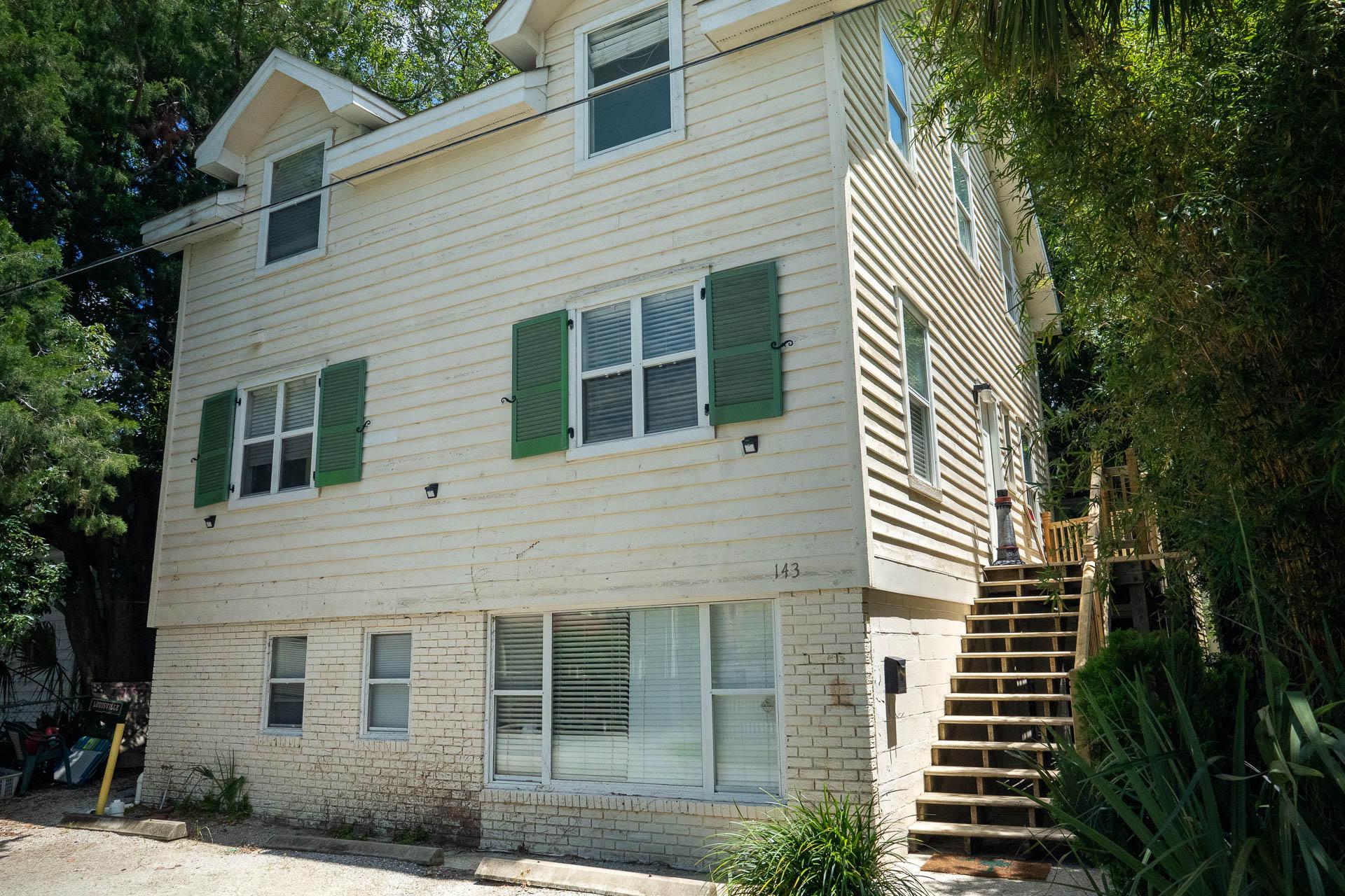 143 Bull Street Charleston, SC 29401