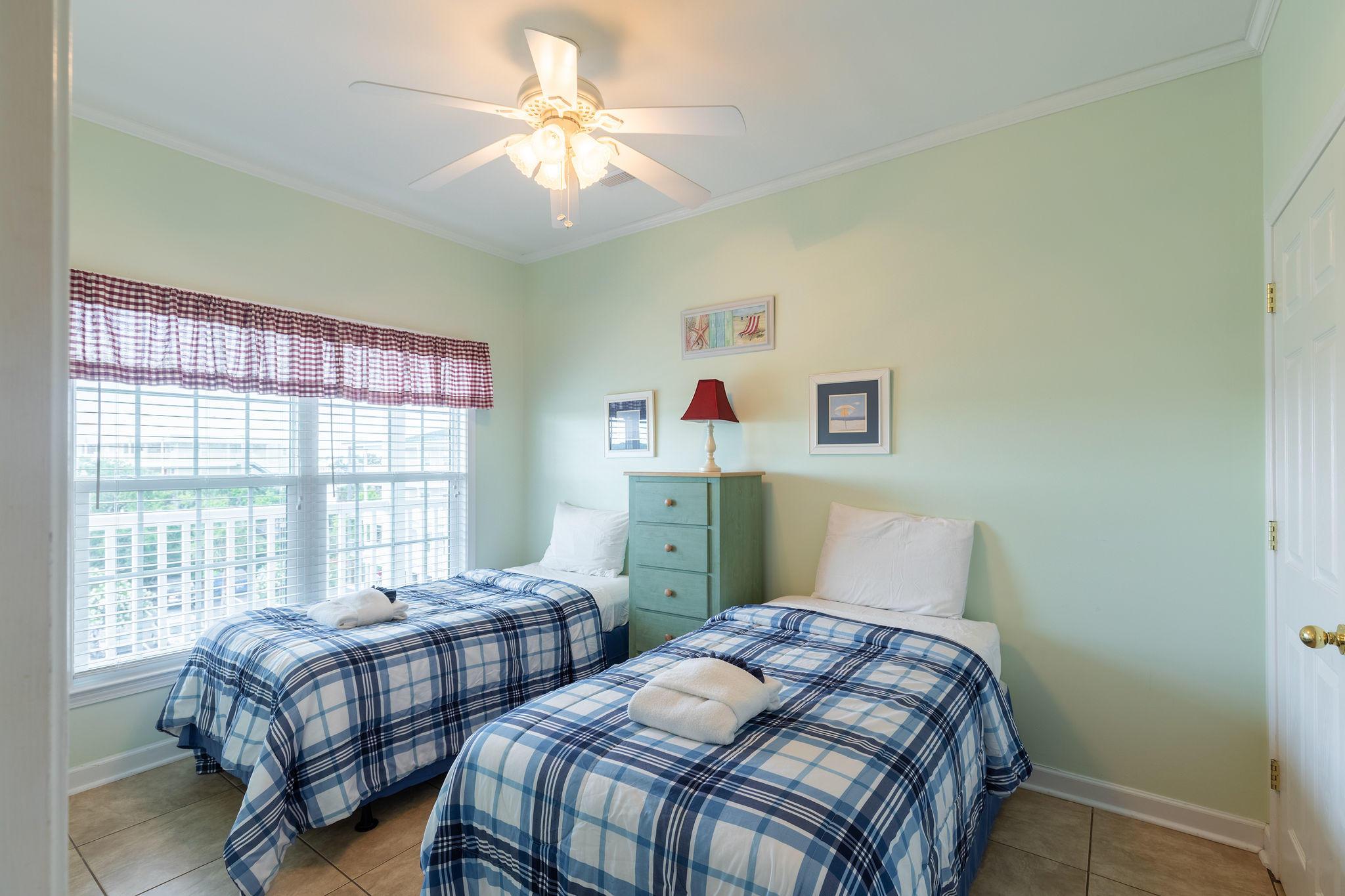 Marsh Winds Homes For Sale - 2393 Folly, Folly Beach, SC - 35