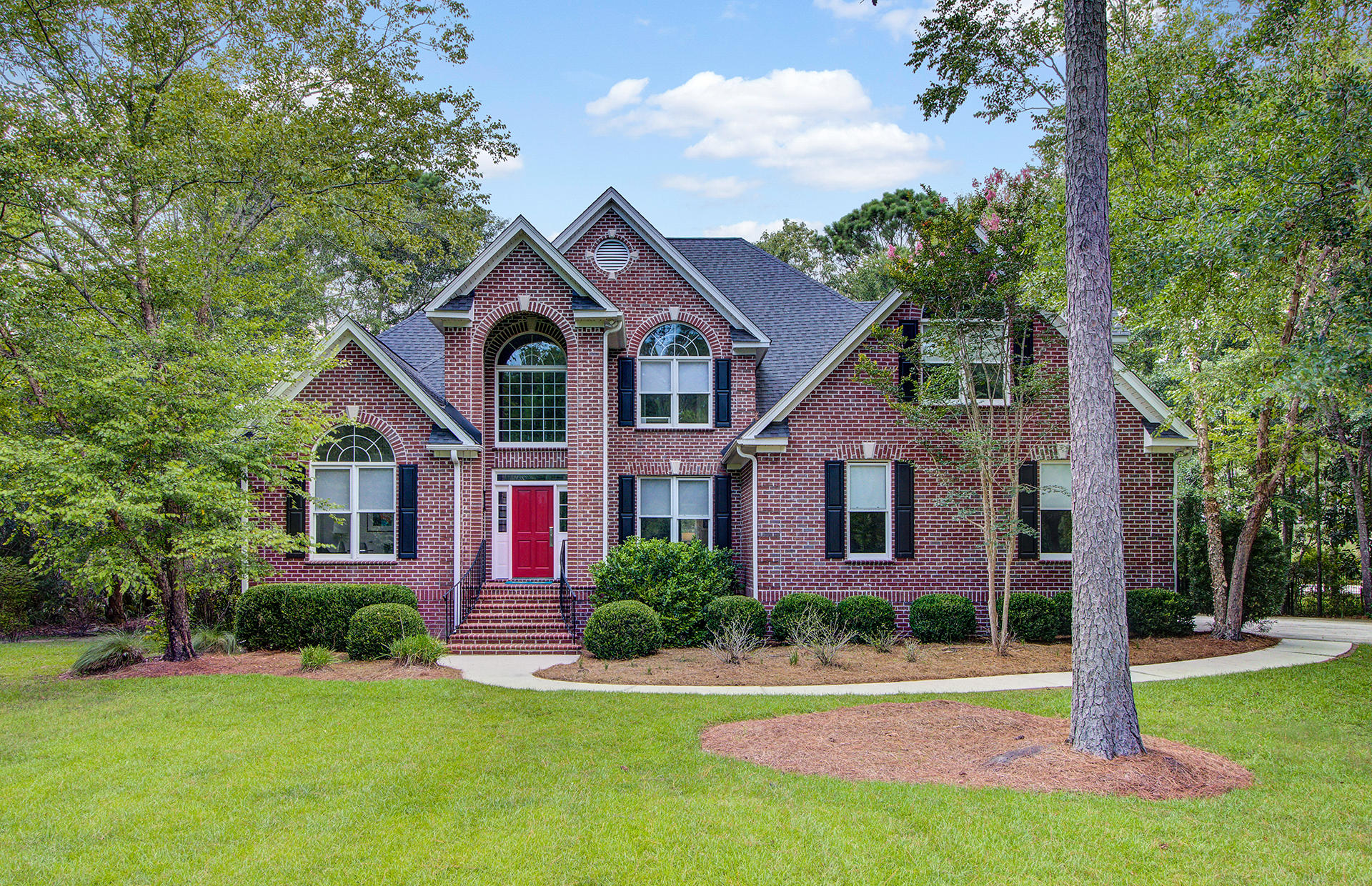 4113 Colonel Vanderhorst Circle Mount Pleasant, SC 29466