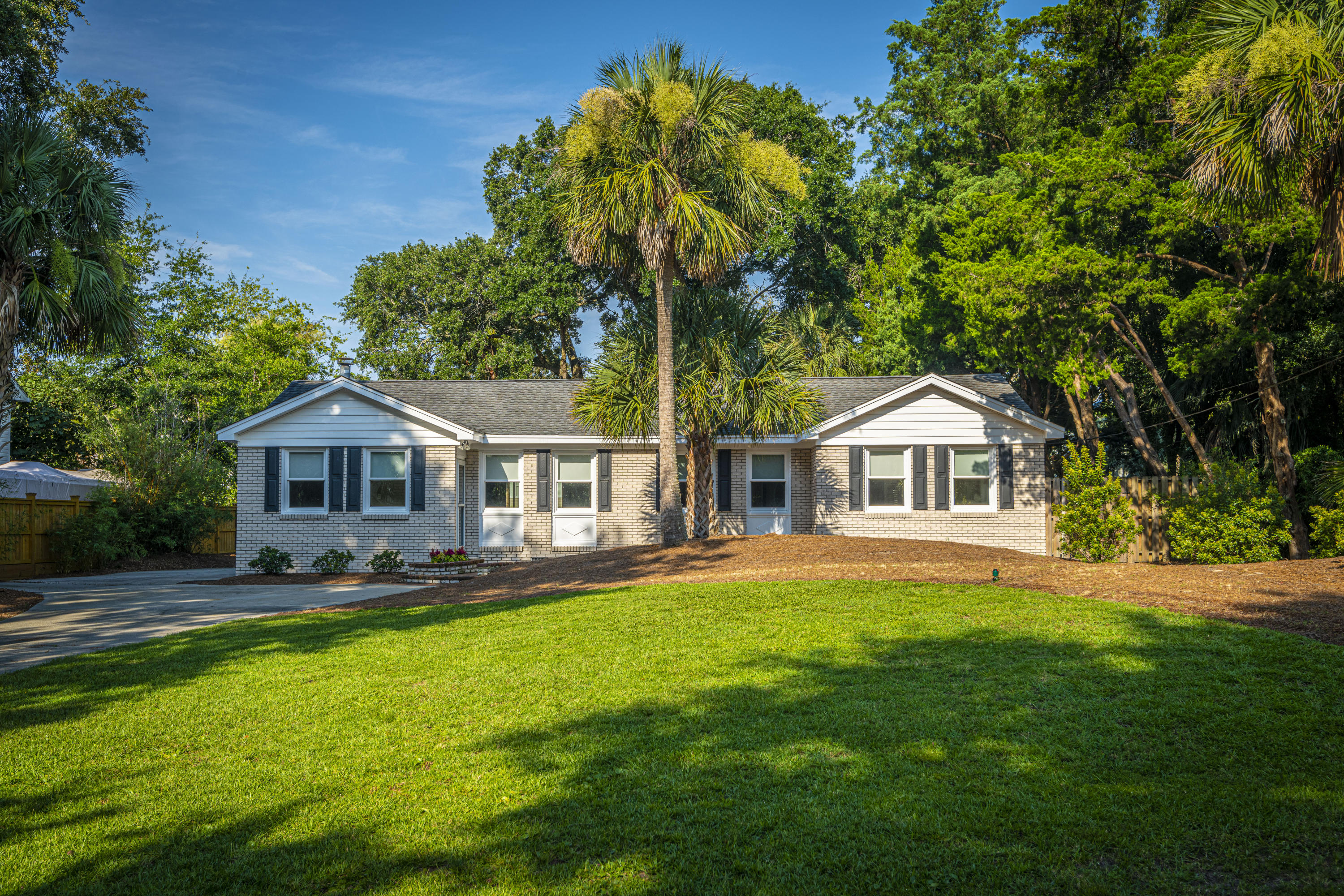 37 32nd Avenue Isle Of Palms, SC 29451