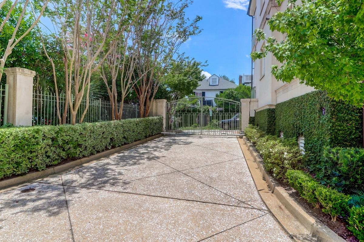 South of Broad Homes For Sale - 104 East Bay, Charleston, SC - 8