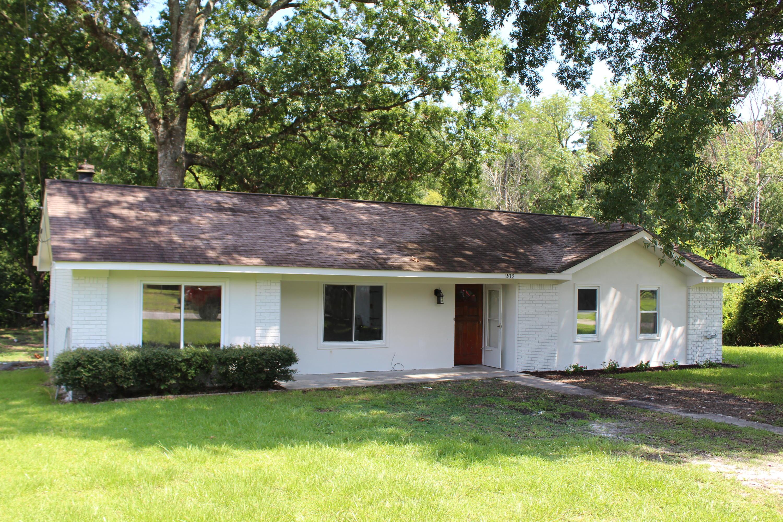 202 Sprucewood Drive Summerville, SC 29485