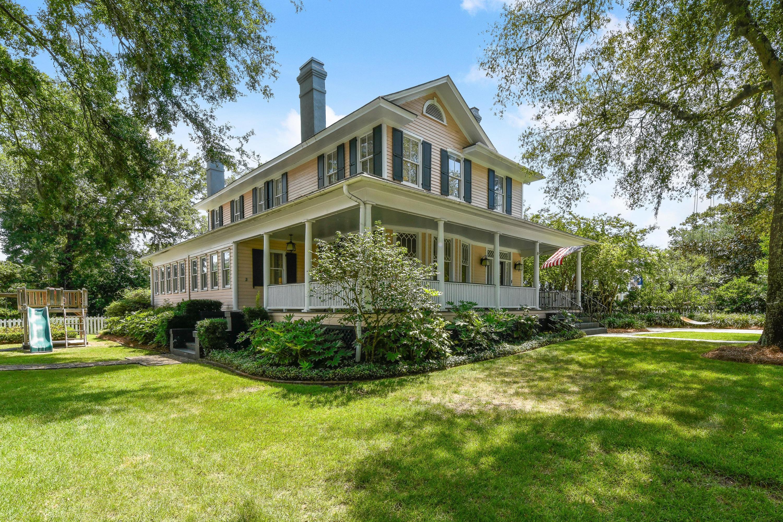 Old Village Homes For Sale - 202 Bennett, Mount Pleasant, SC - 4