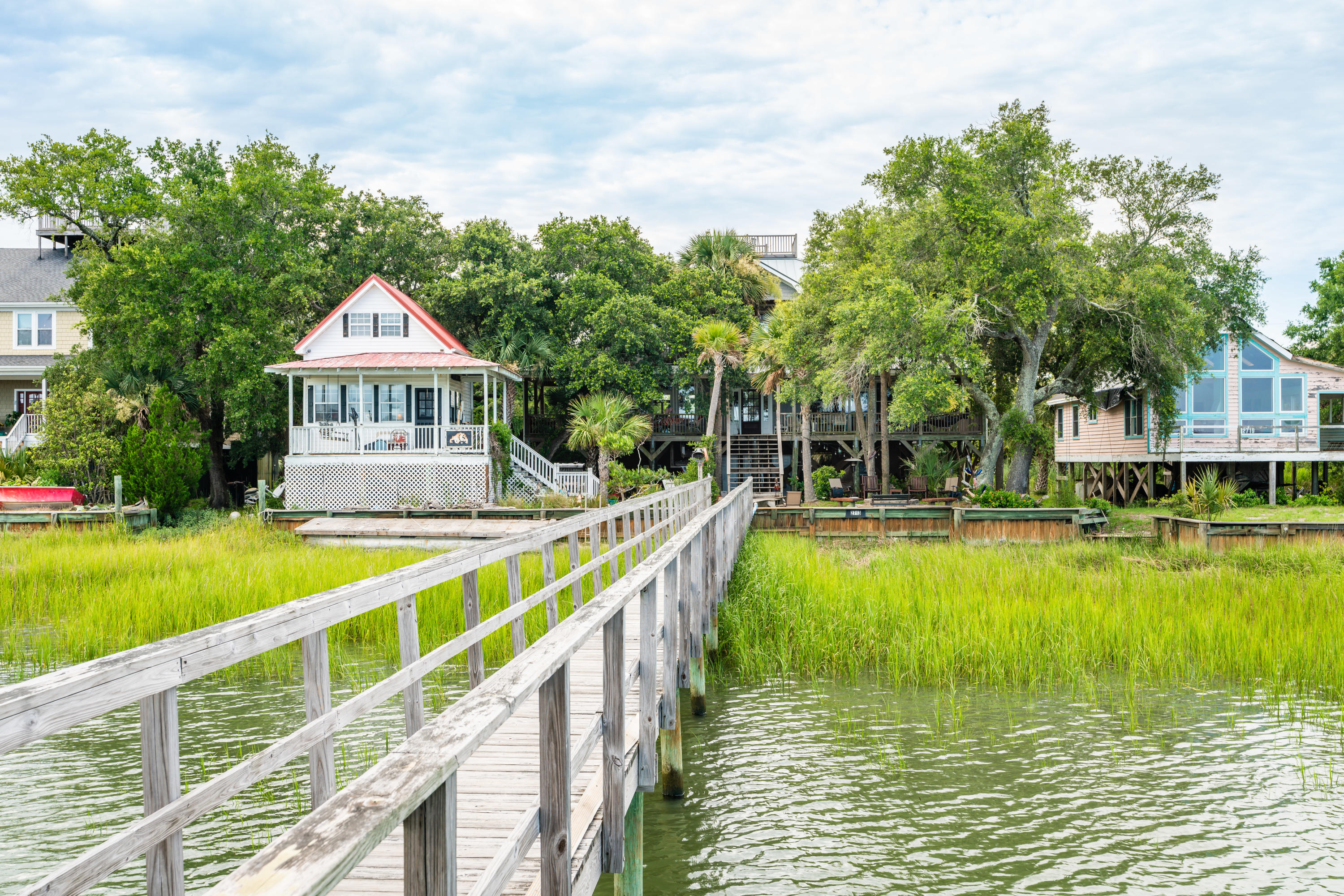 2713 Buccaneer Road Isle Of Palms, SC 29451
