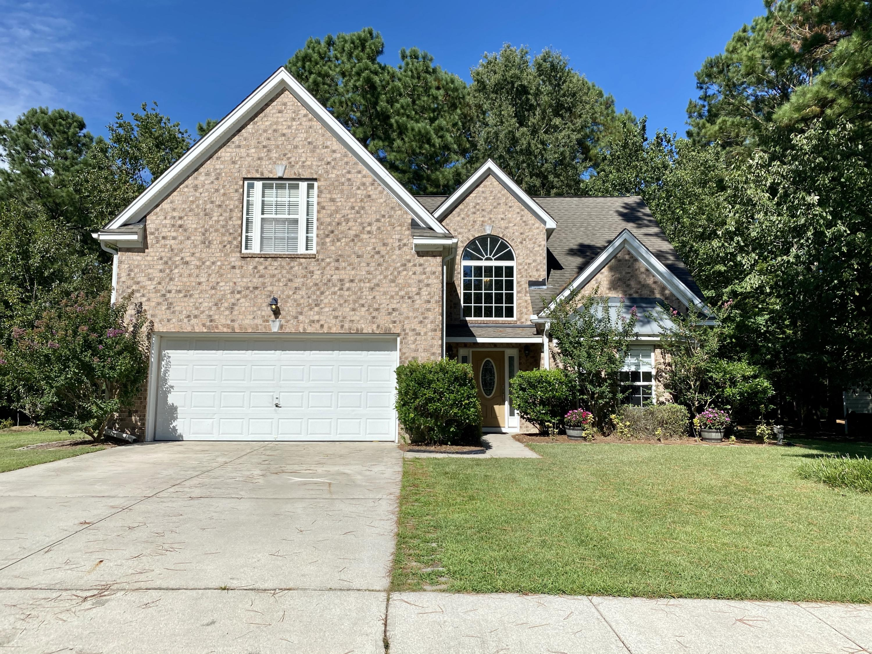 102 Golden Oak Drive Goose Creek, SC 29445