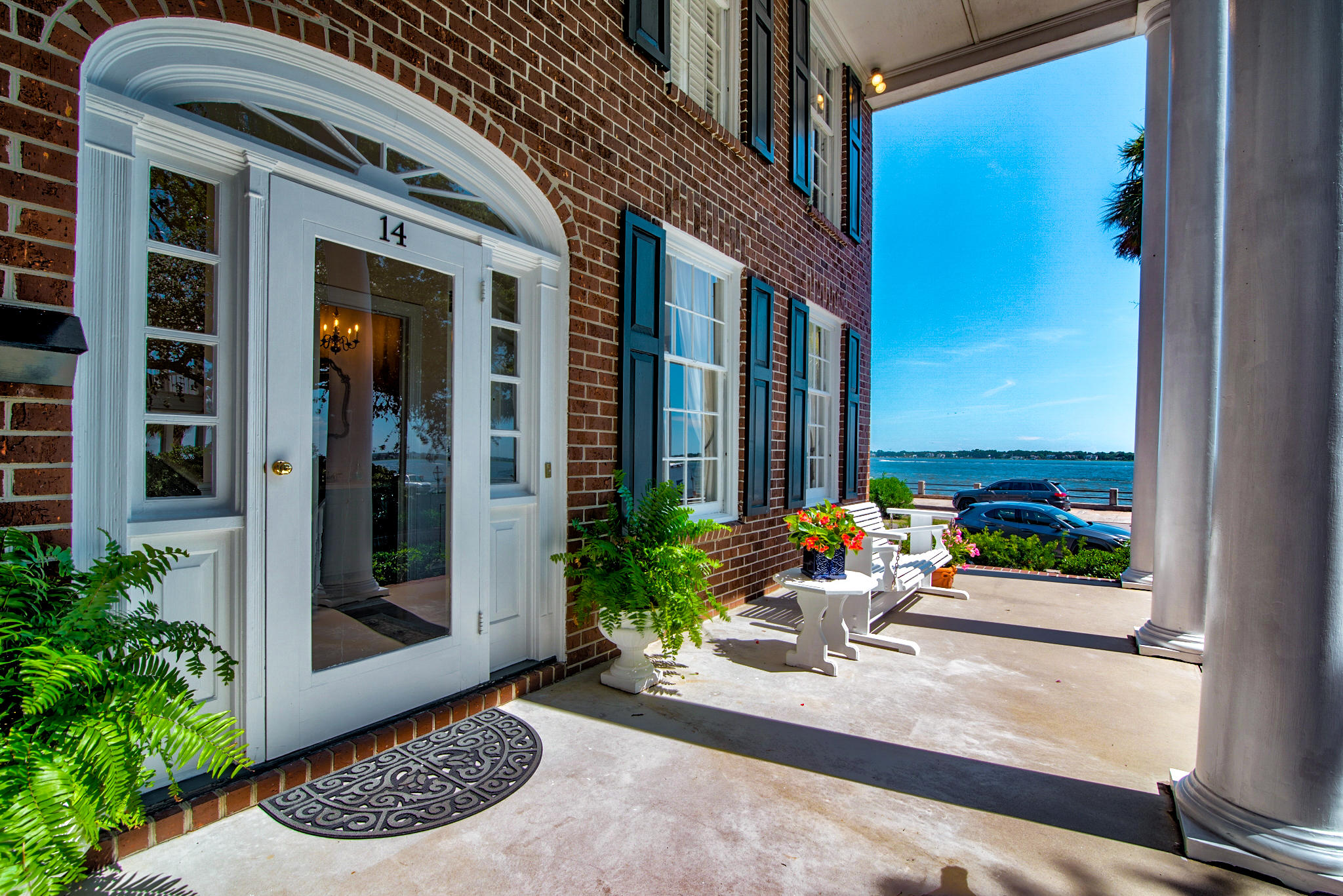 14 Murray Boulevard Charleston, SC 29401