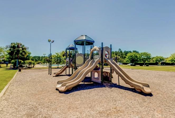 439 Dovetail Circle Summerville, SC 29483