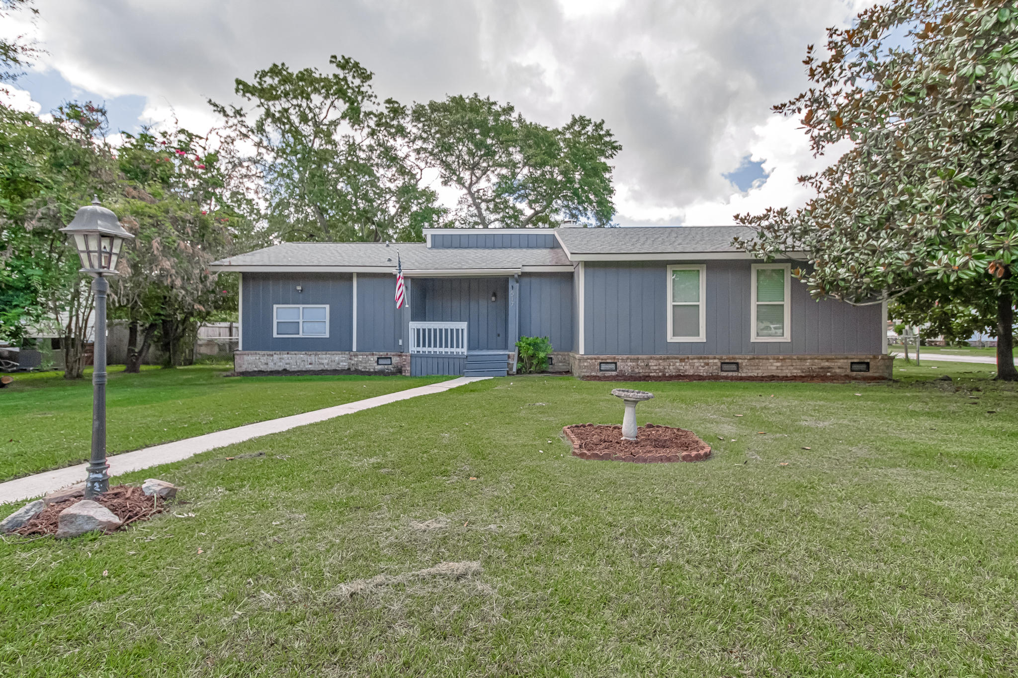 517 Longleaf Road Summerville, SC 29486