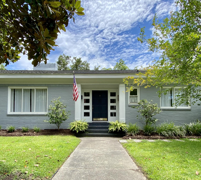 7 Morton Avenue Charleston, SC 29407