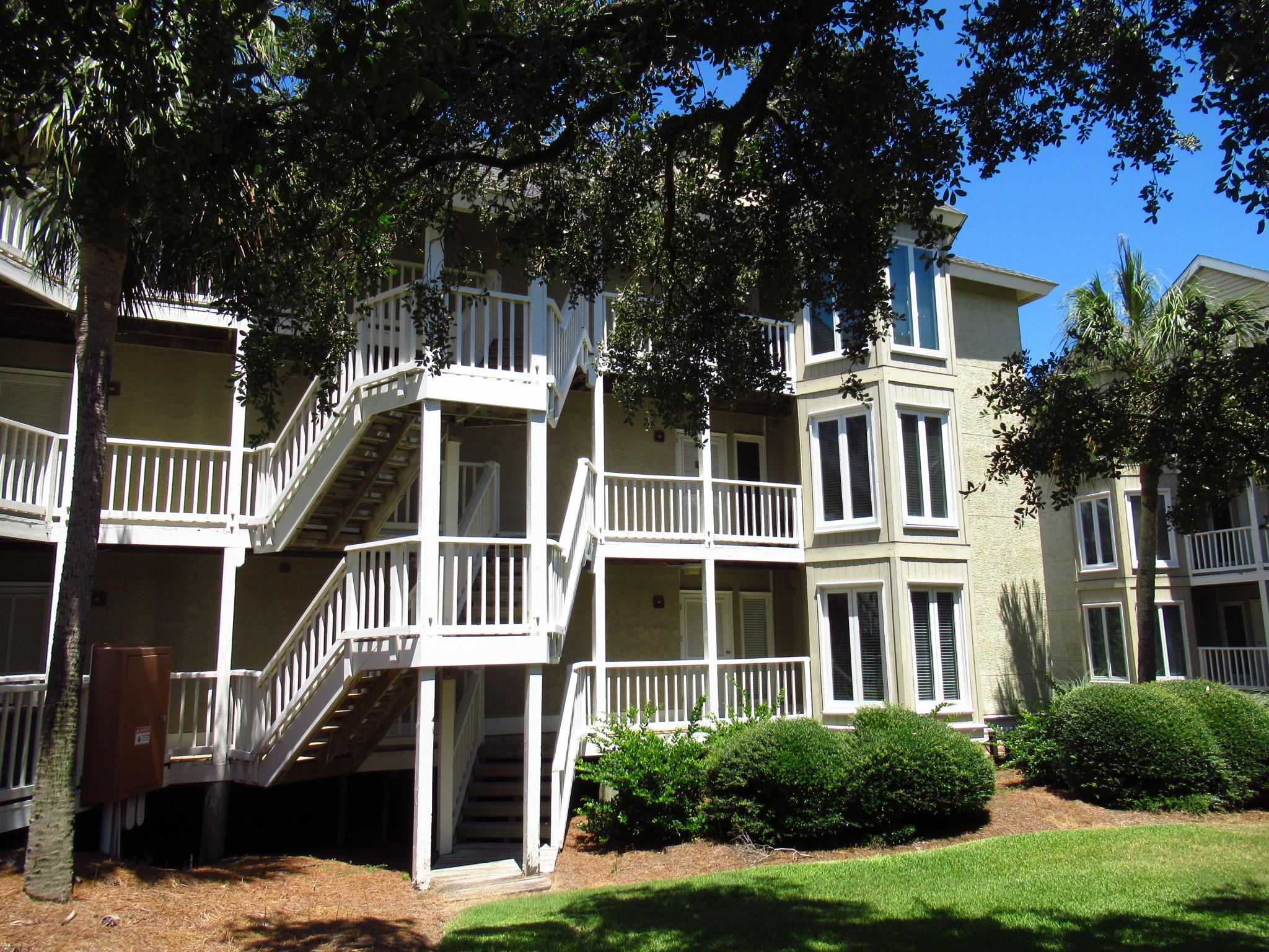 9000 Palmetto Drive Isle Of Palms, SC 29451