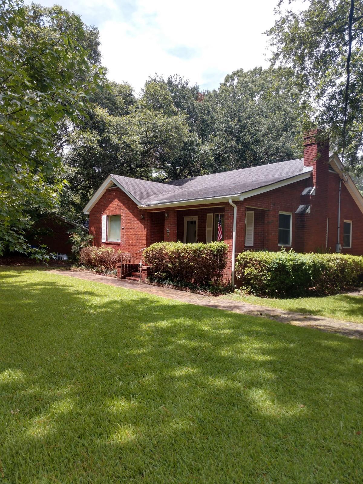 1674 Pinckney Park Drive Charleston, SC 29407