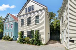 9 Bogard Street, 7 (G), Charleston, SC 29403