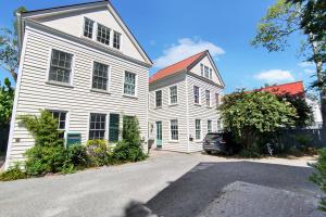 9 Bogard Street, 8 (H), Charleston, SC 29403