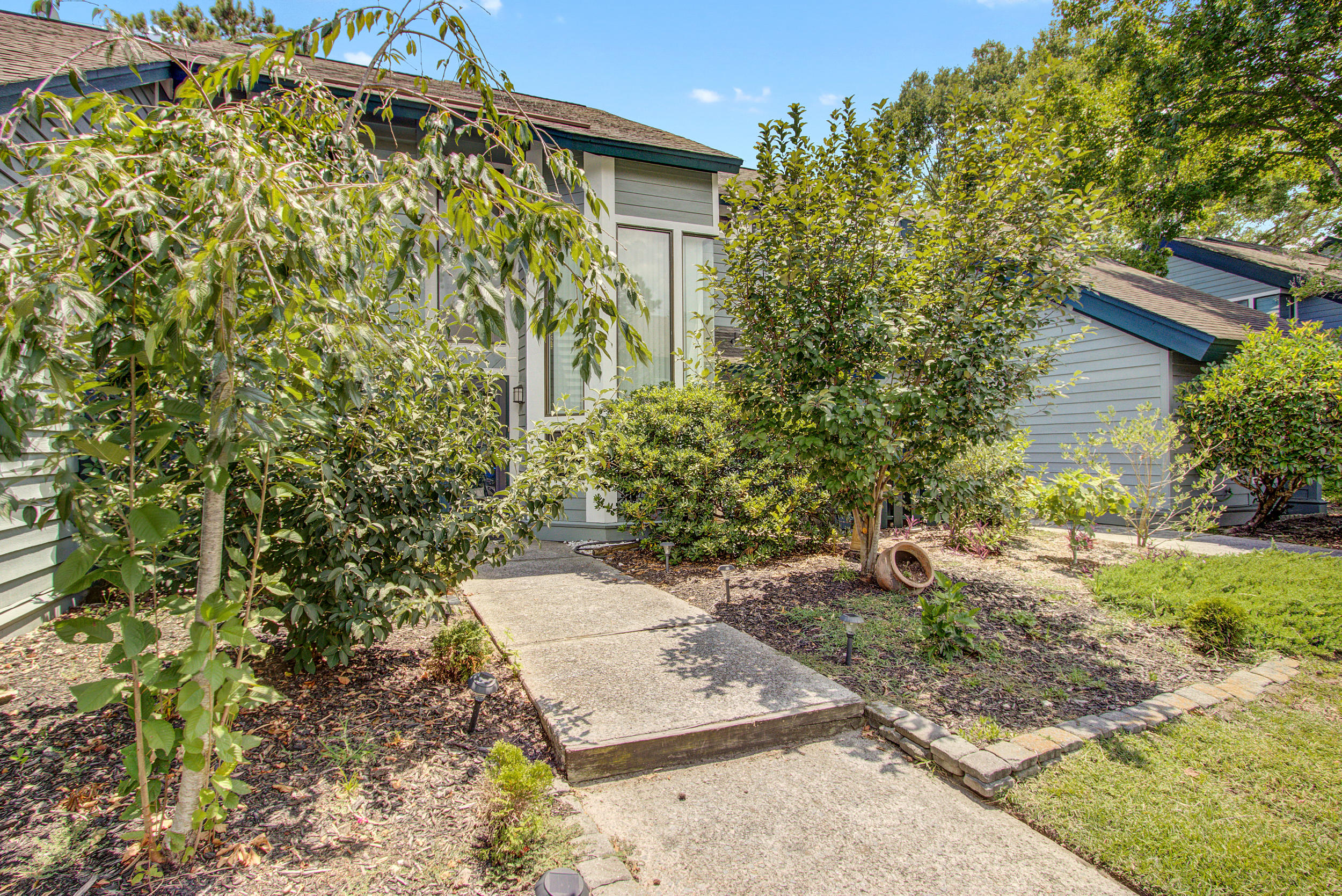 1127 Hidden Cove Drive Mount Pleasant, SC 29464