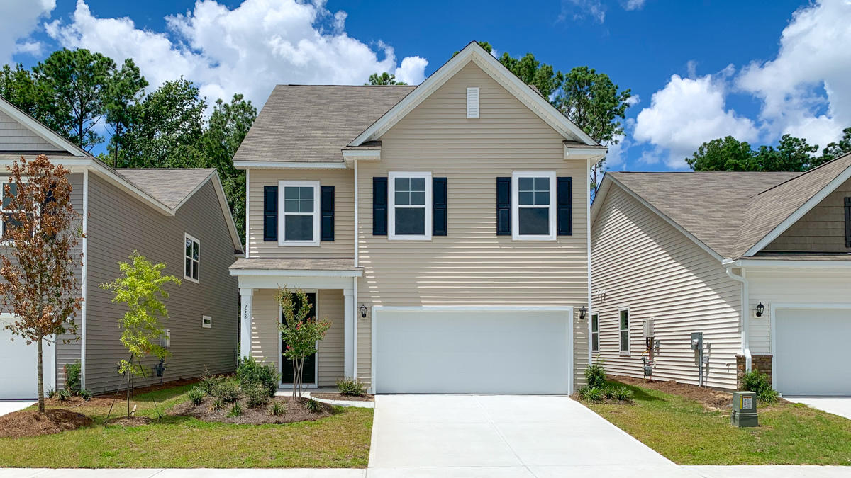 958 Sago Palm Court Mount Pleasant, SC 29466