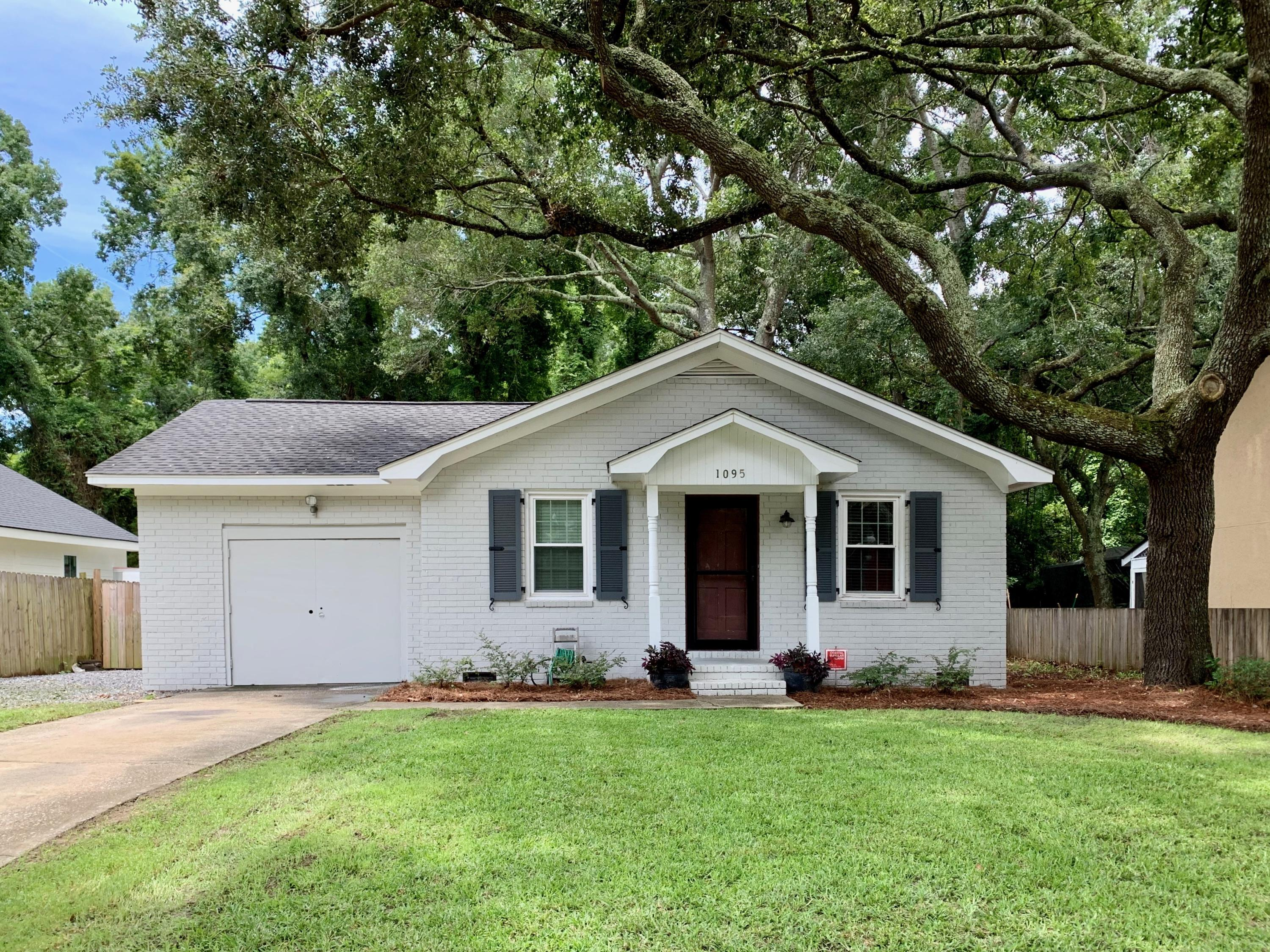 1095 S Shadow Drive Mount Pleasant, SC 29464